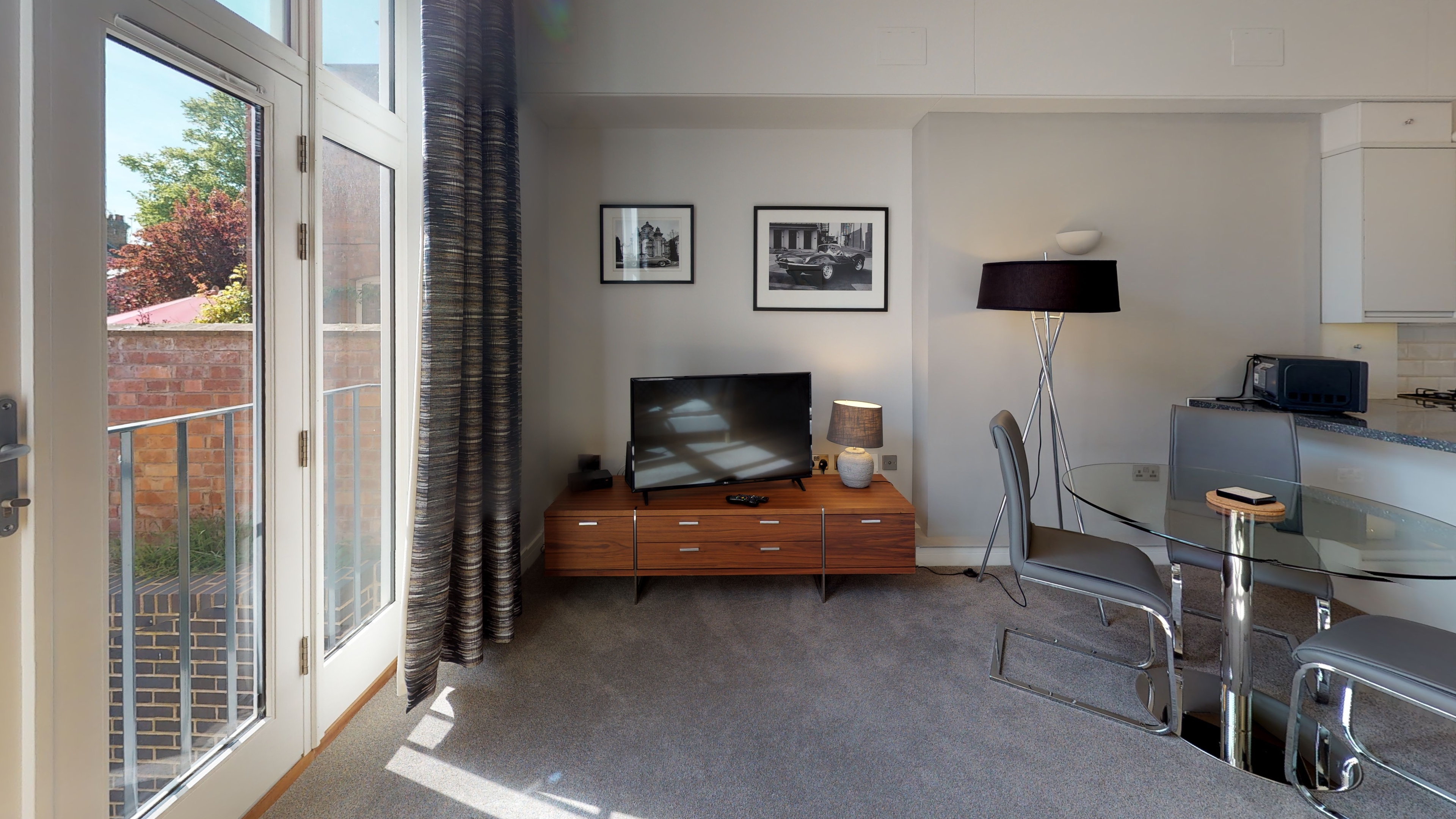 Leamington Spa Serviced Apartments Dunara Beauchamp Living