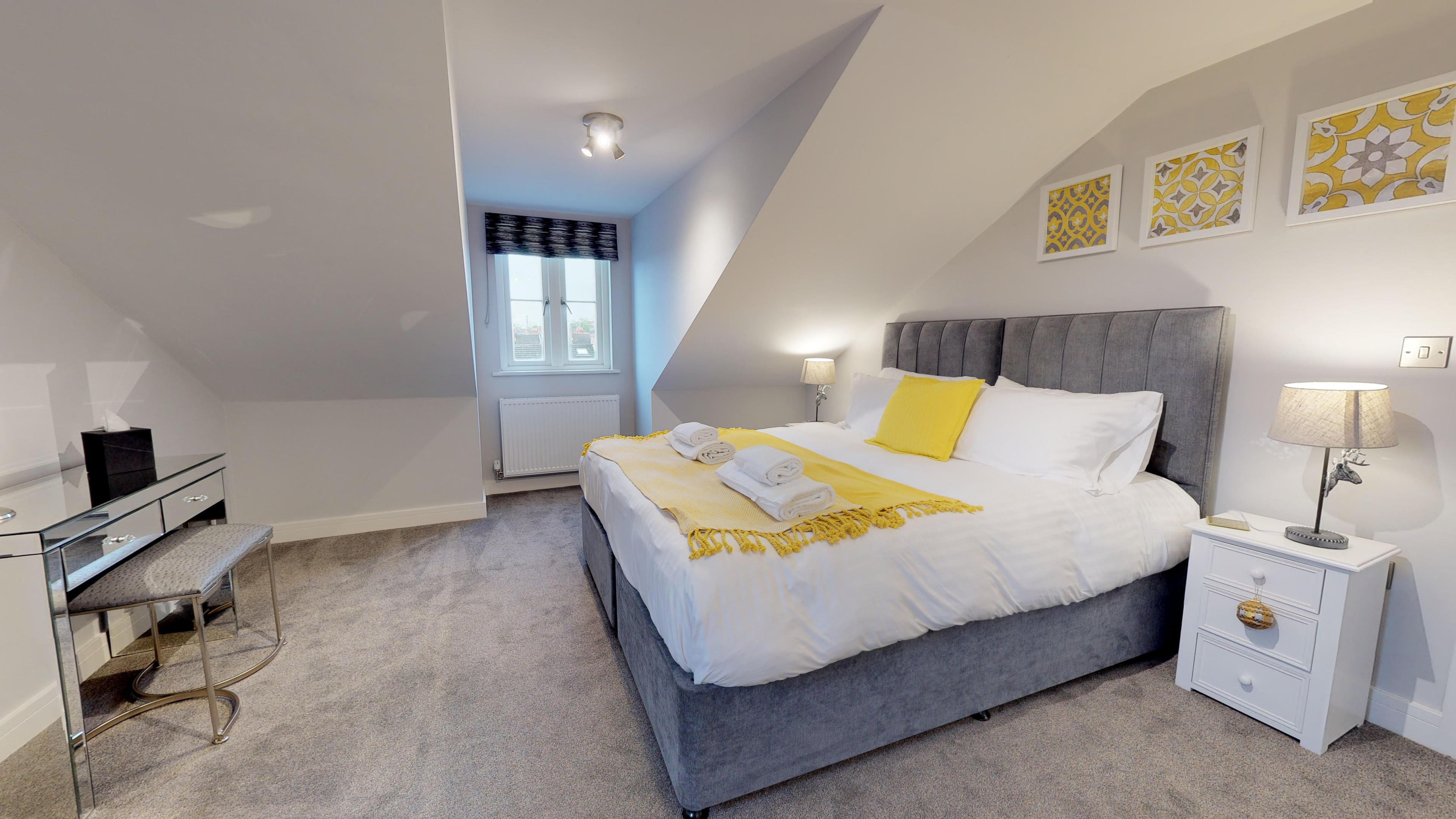 Leamington Spa Serviced Apartments Dunara Shakespeare Bedroom Two 1