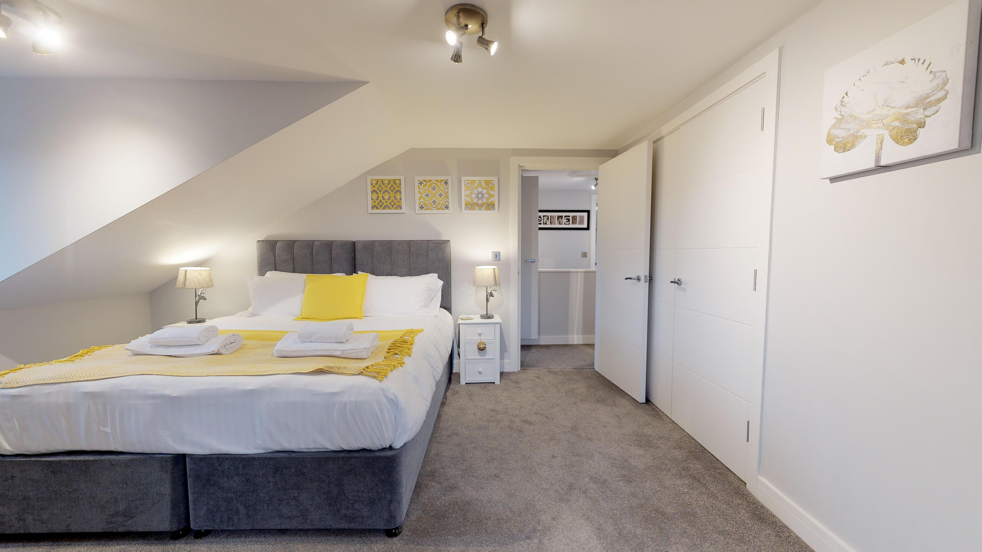 Leamington Spa Serviced Apartments Dunara Shakespeare Bedroom Two 4