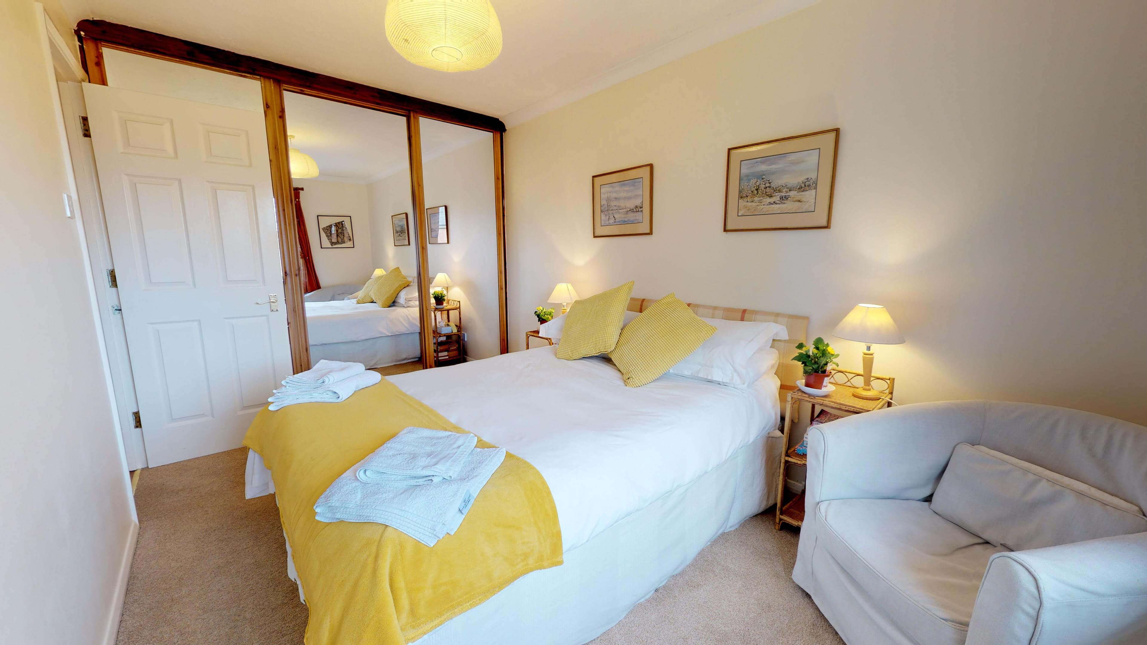 Millbank Oxford City Centre Short Stay Apartment Sleeps 4 Double Bedroom Bed