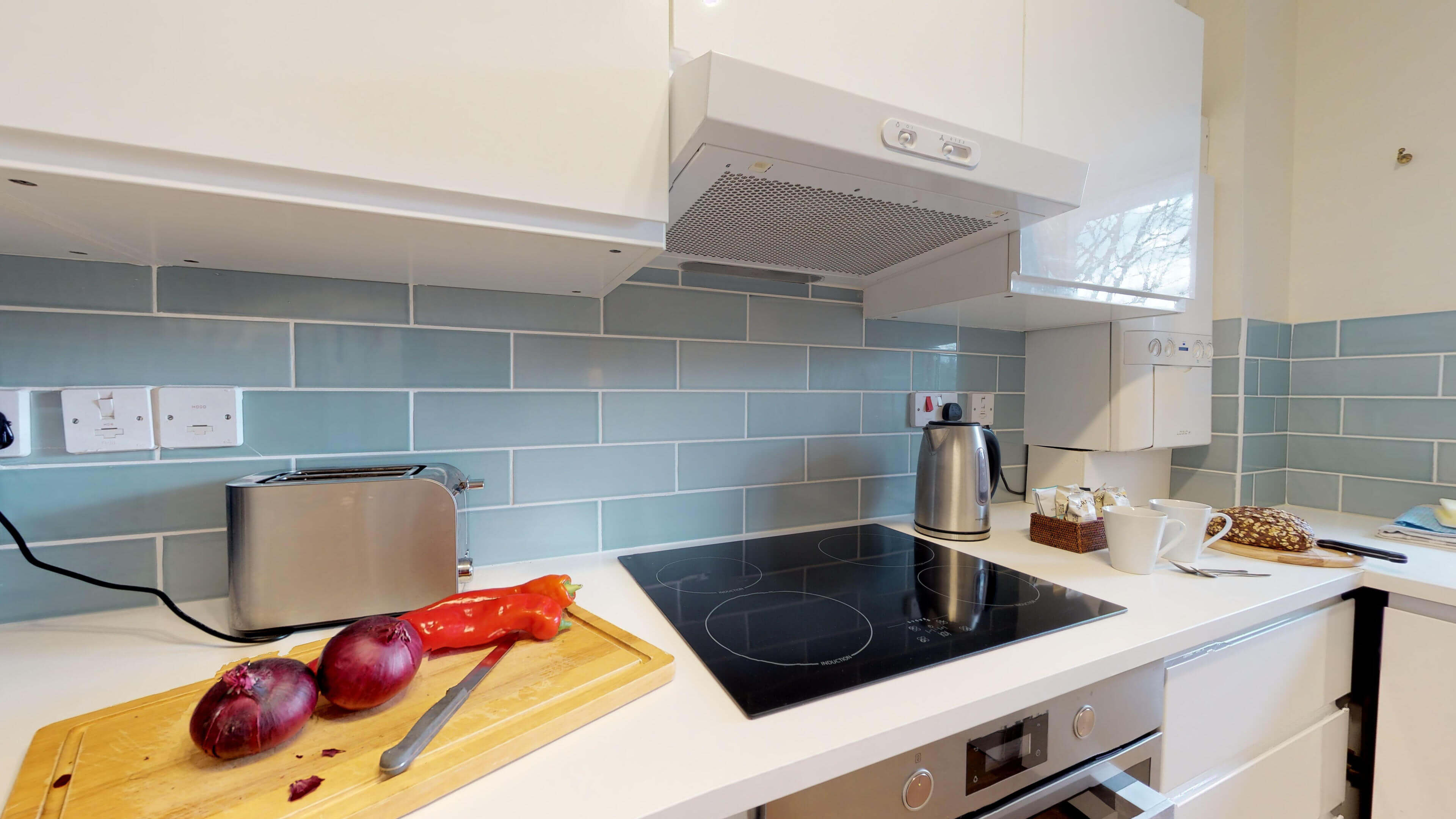Millbank Oxford City Centre Short Stay Apartment Sleeps 4 Kitchen Two
