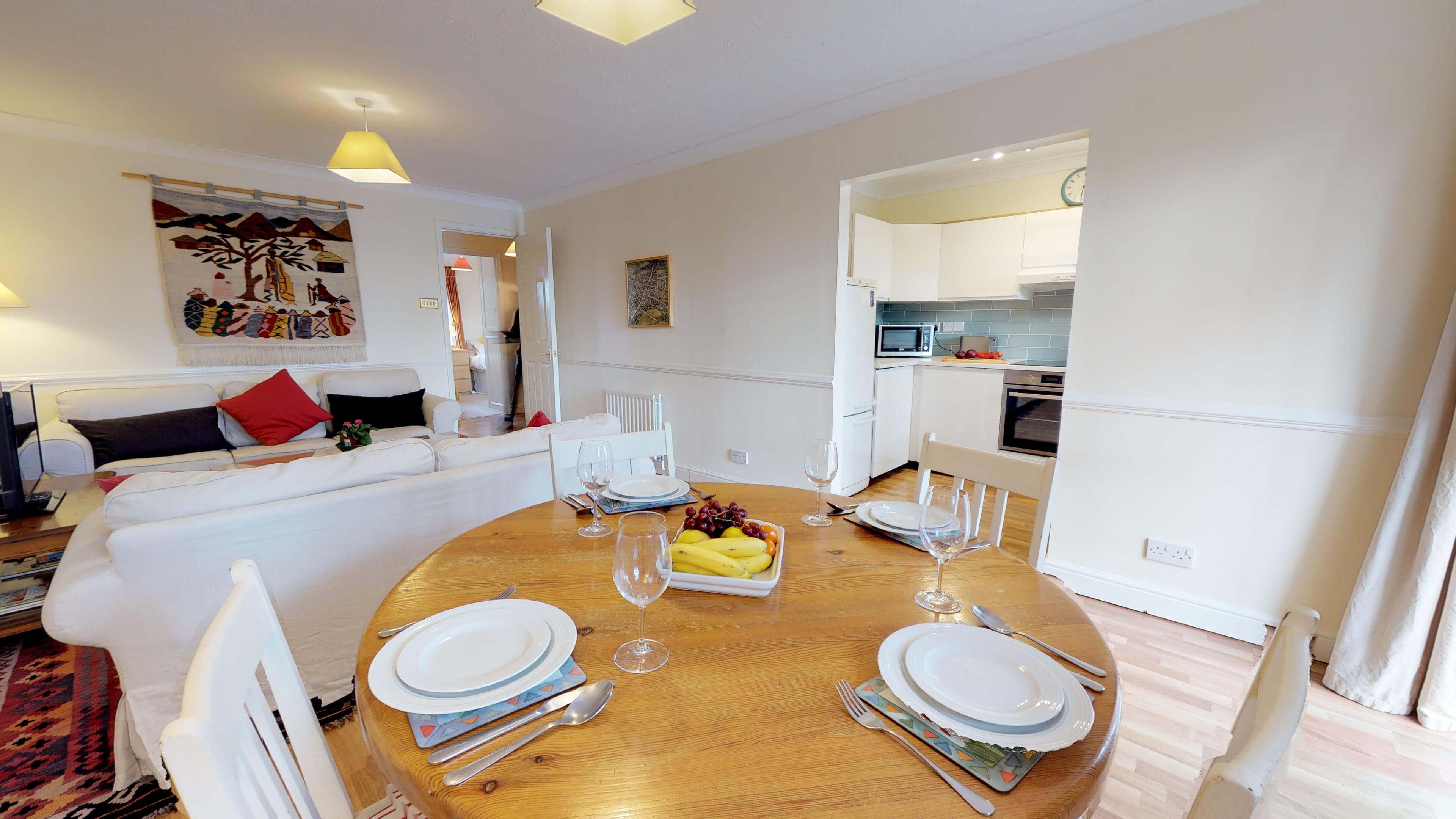 Millbank Oxford City Centre Short Stay Apartment Sleeps 4 Kitchen