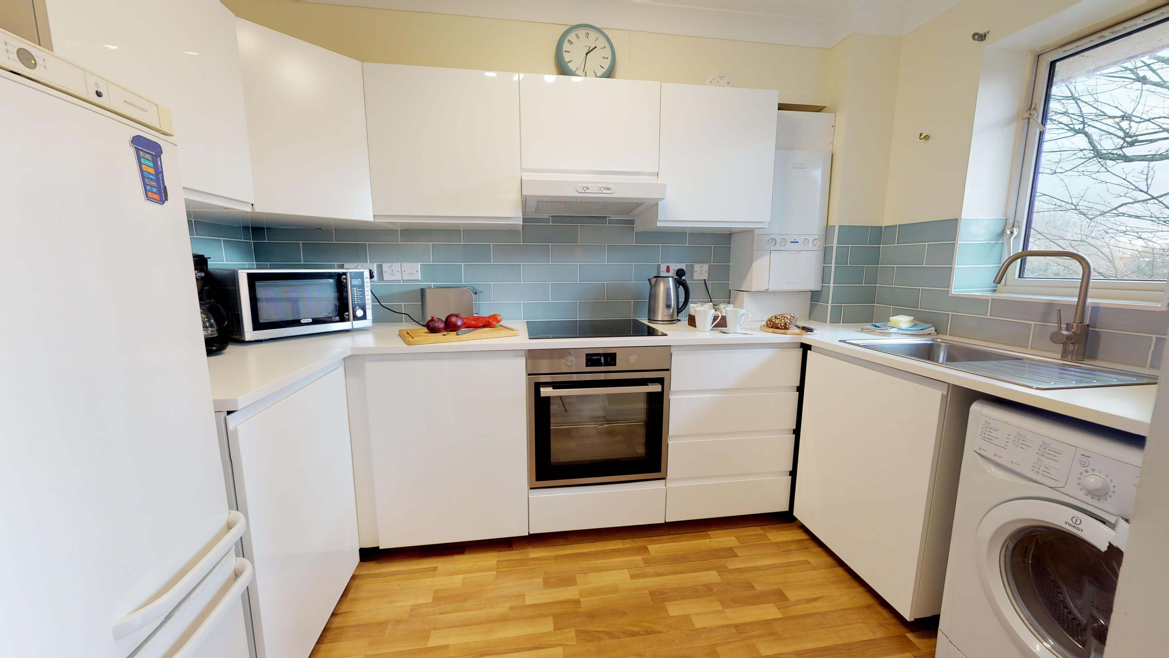 Millbank Oxford City Centre Short Stay Apartment Sleeps 4 Kitchewn Inside