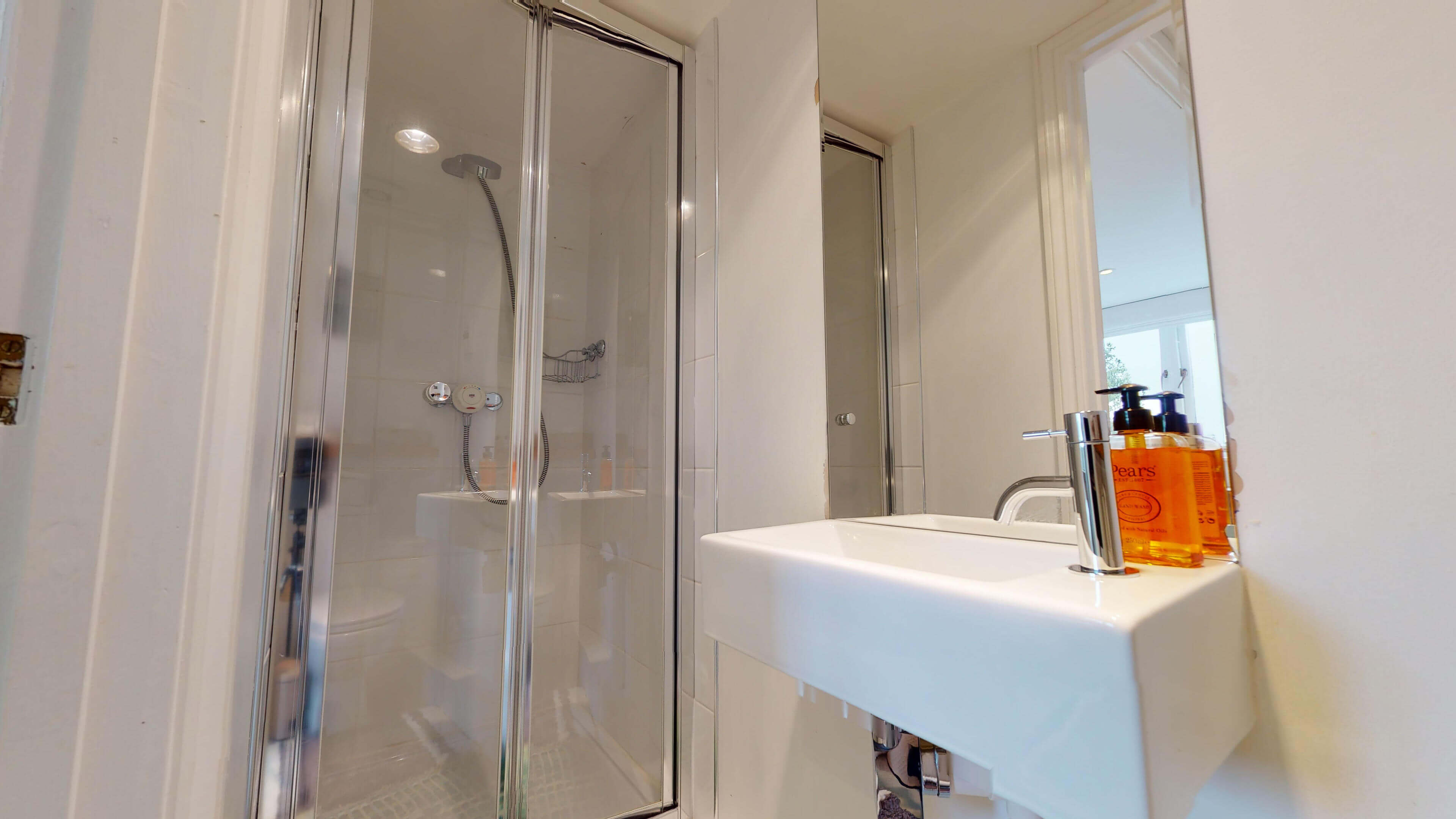 The Oxford Artists House Single Bathroom