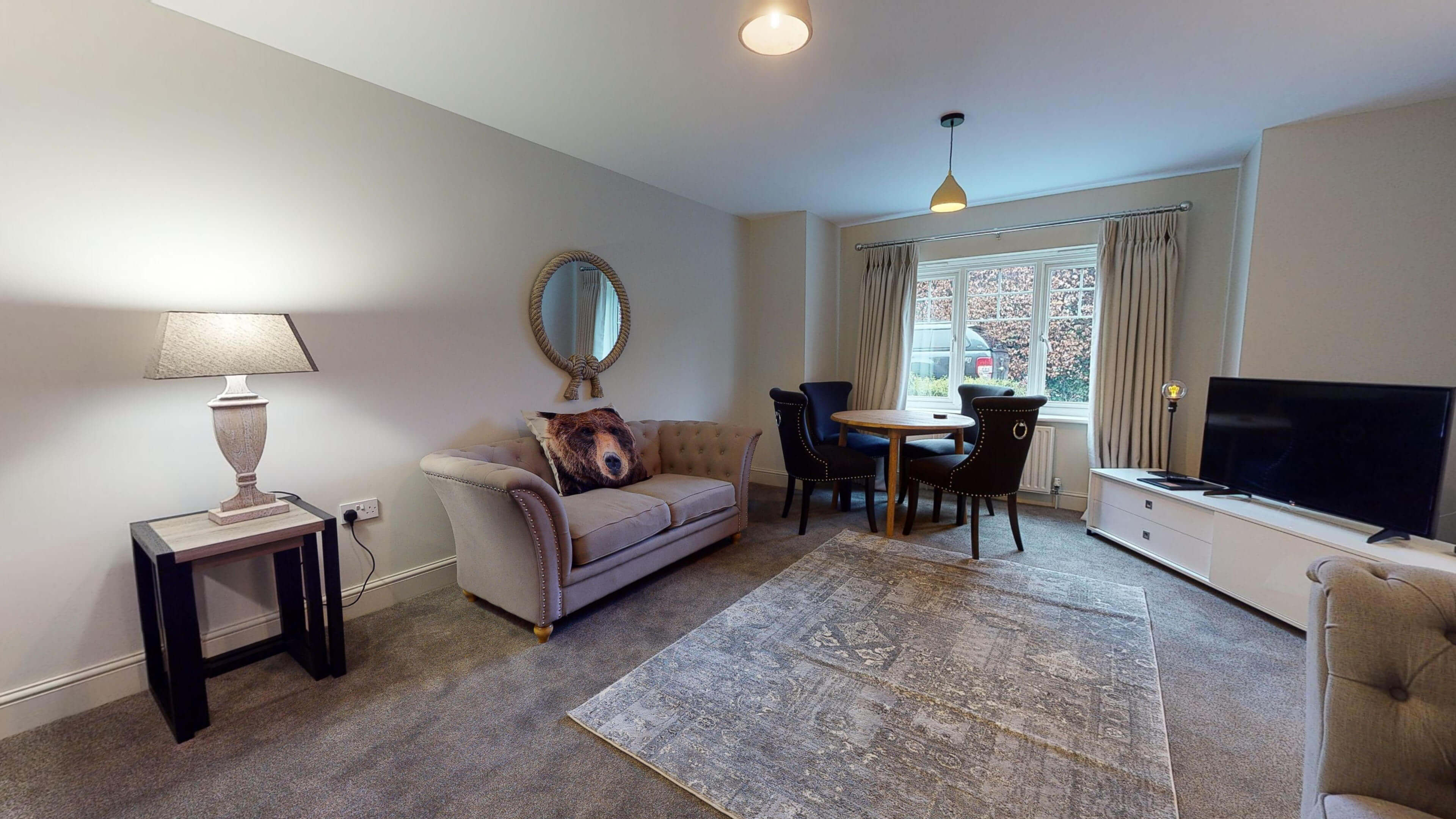 Oxford Serviced Apartment Blenheim Suite Living