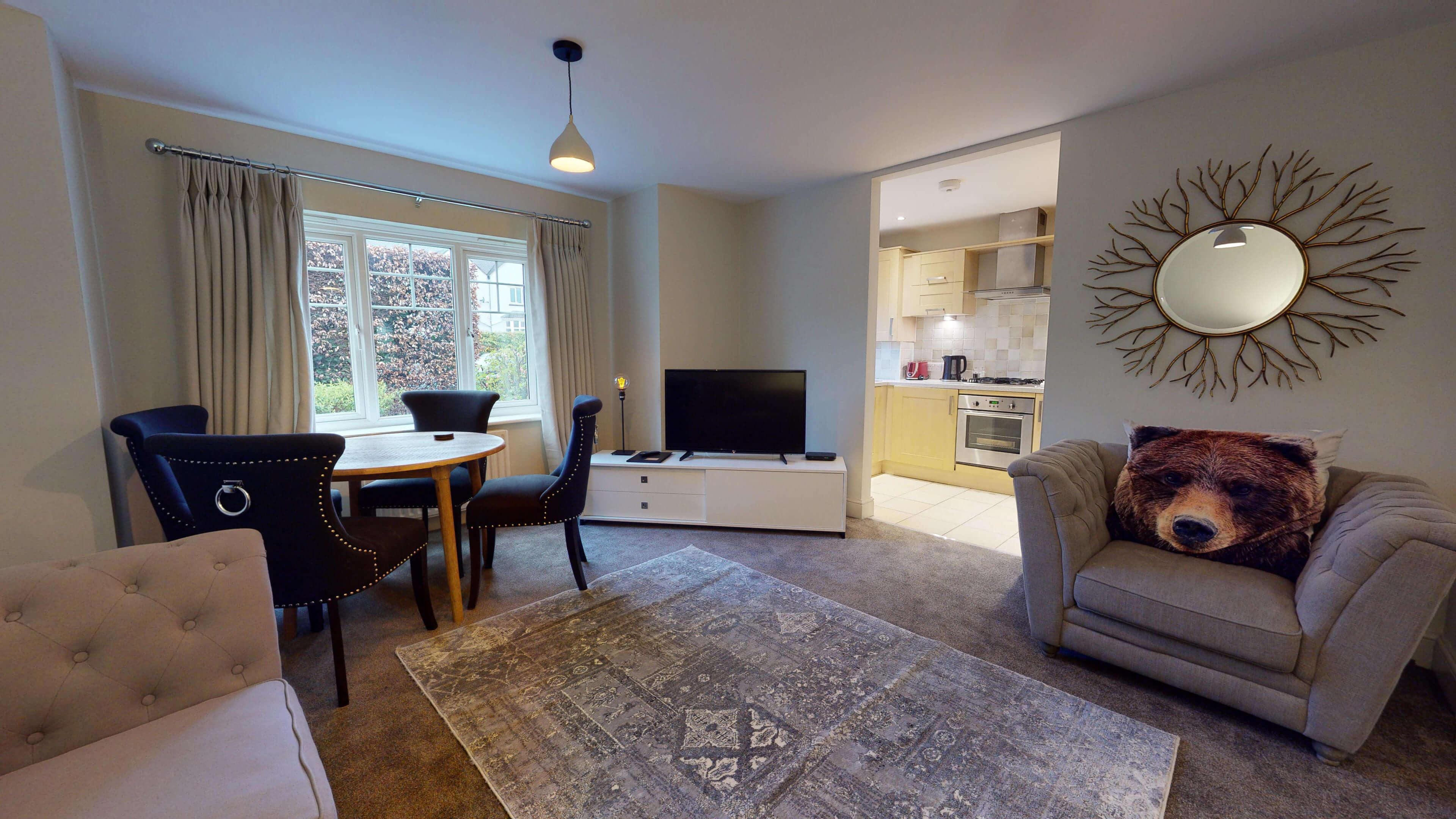 Oxford Serviced Apartment Blenheim Suite Living Kitchen