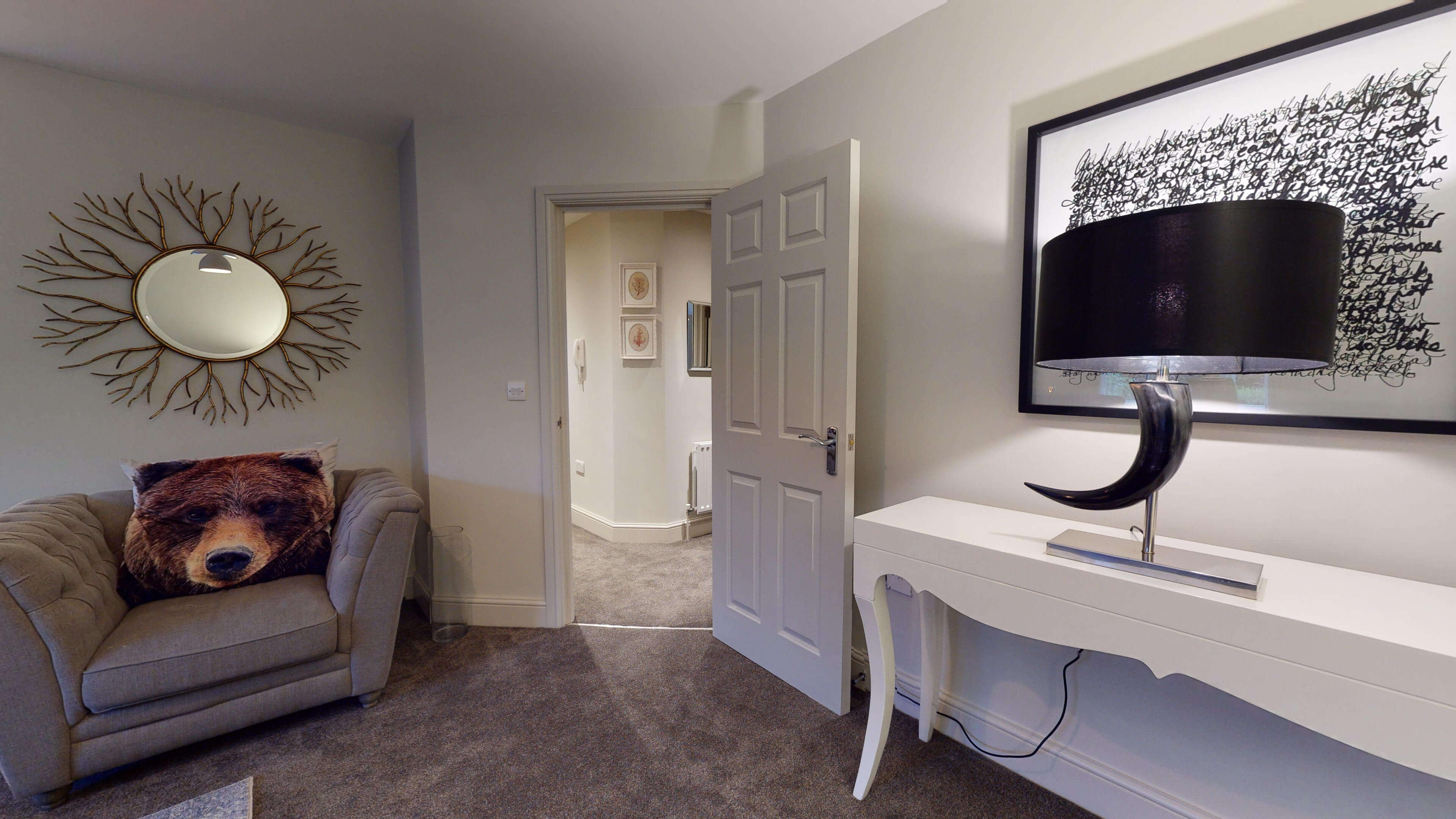 Oxford Serviced Apartment Blenheim Suite Living Hsll