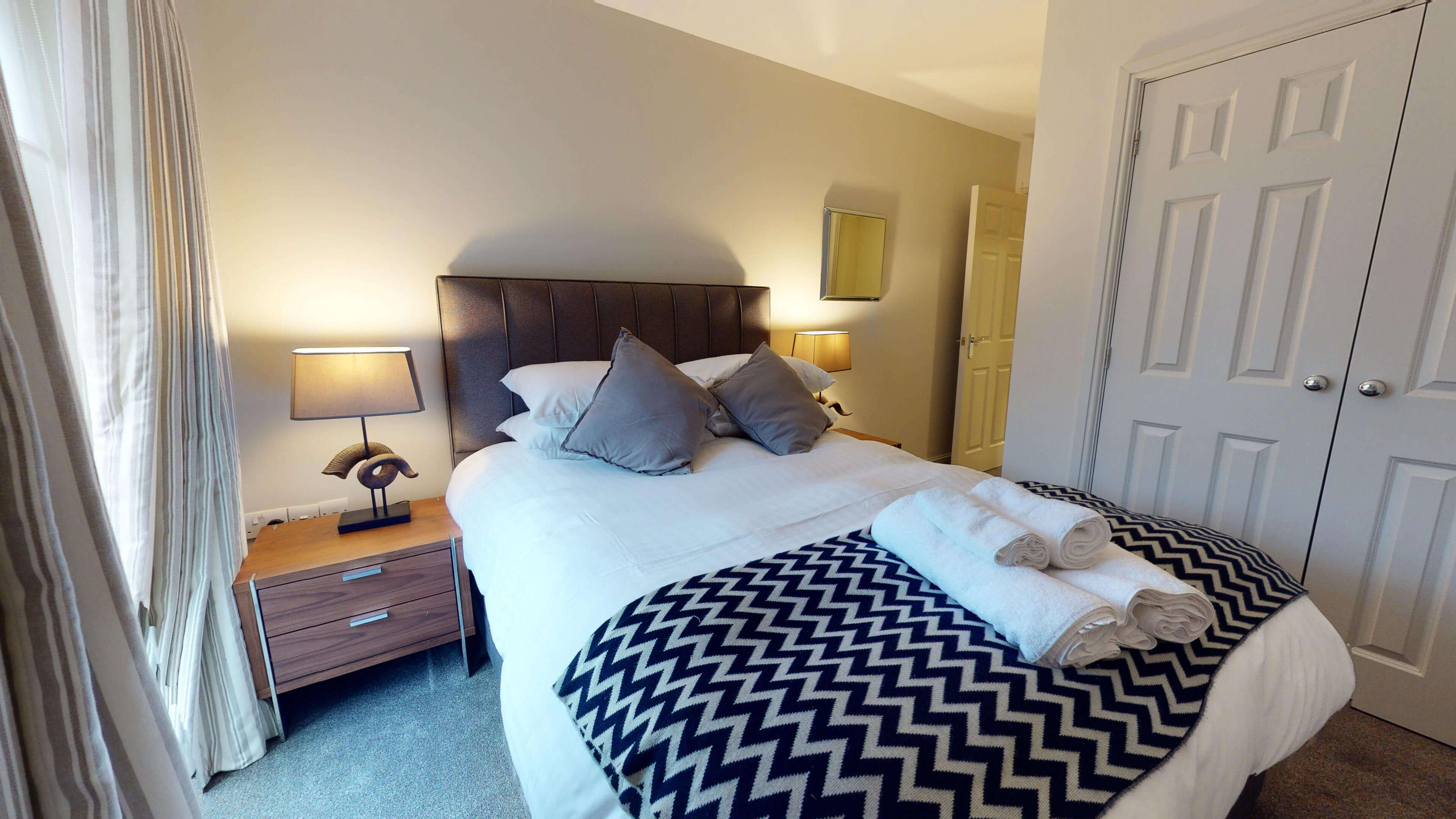 Oxford Serviced Apartment Blenheim Suite Bedroom One