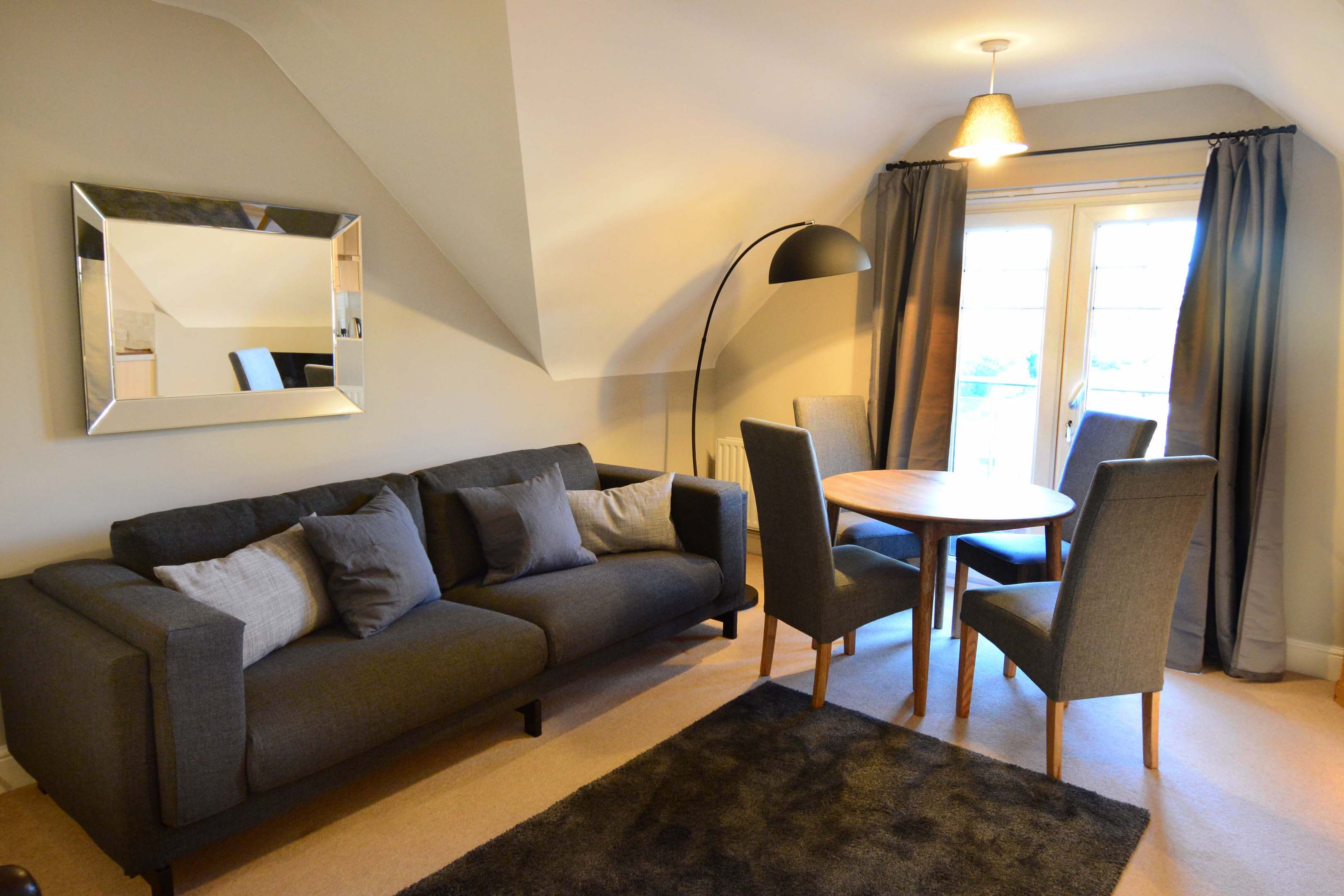 Oxford Two Bedroom Churchill Suite Short Let 004