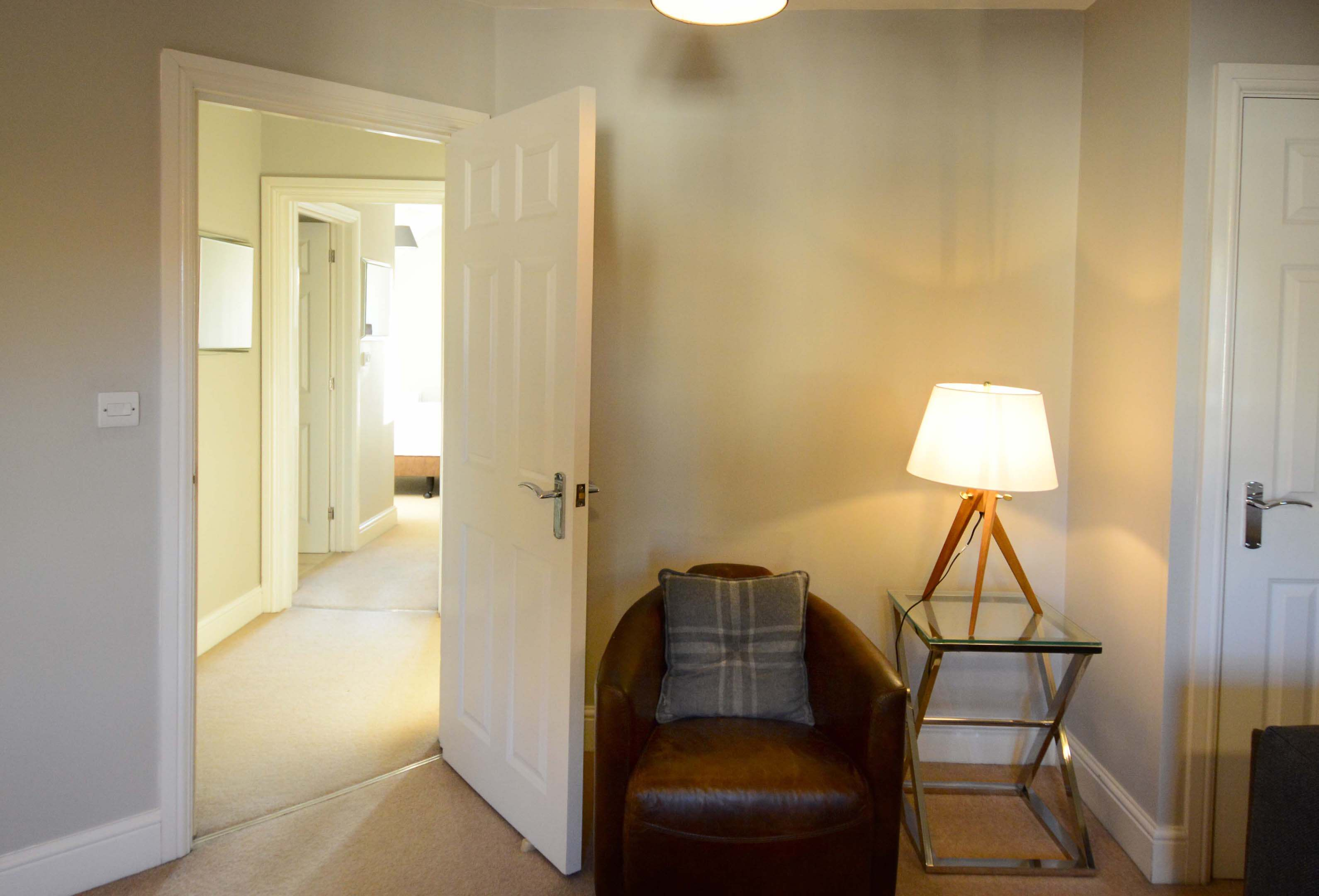 Oxford Two Bedroom Churchill Suite Short Let 005