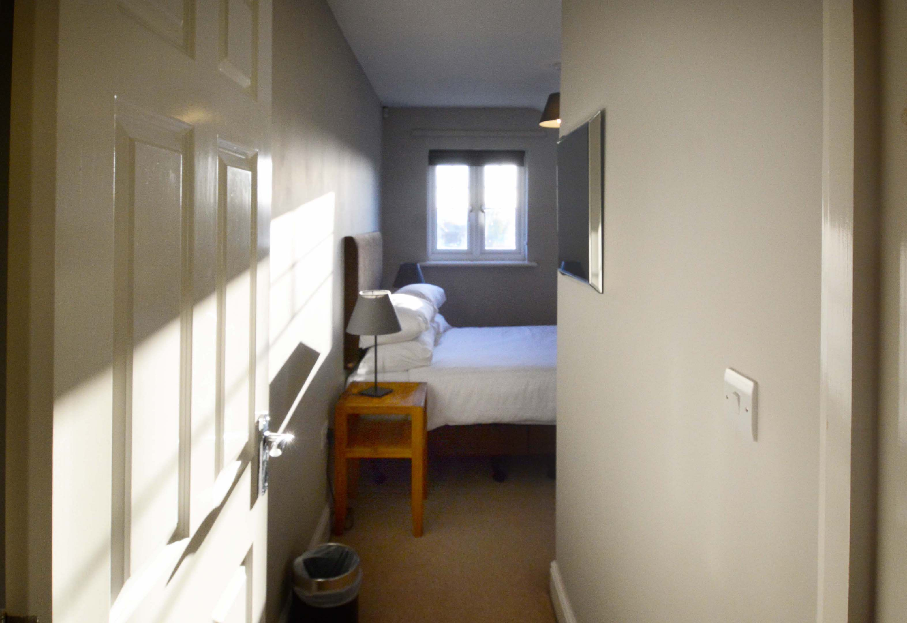 Oxford Two Bedroom Churchill Suite Short Let 0011