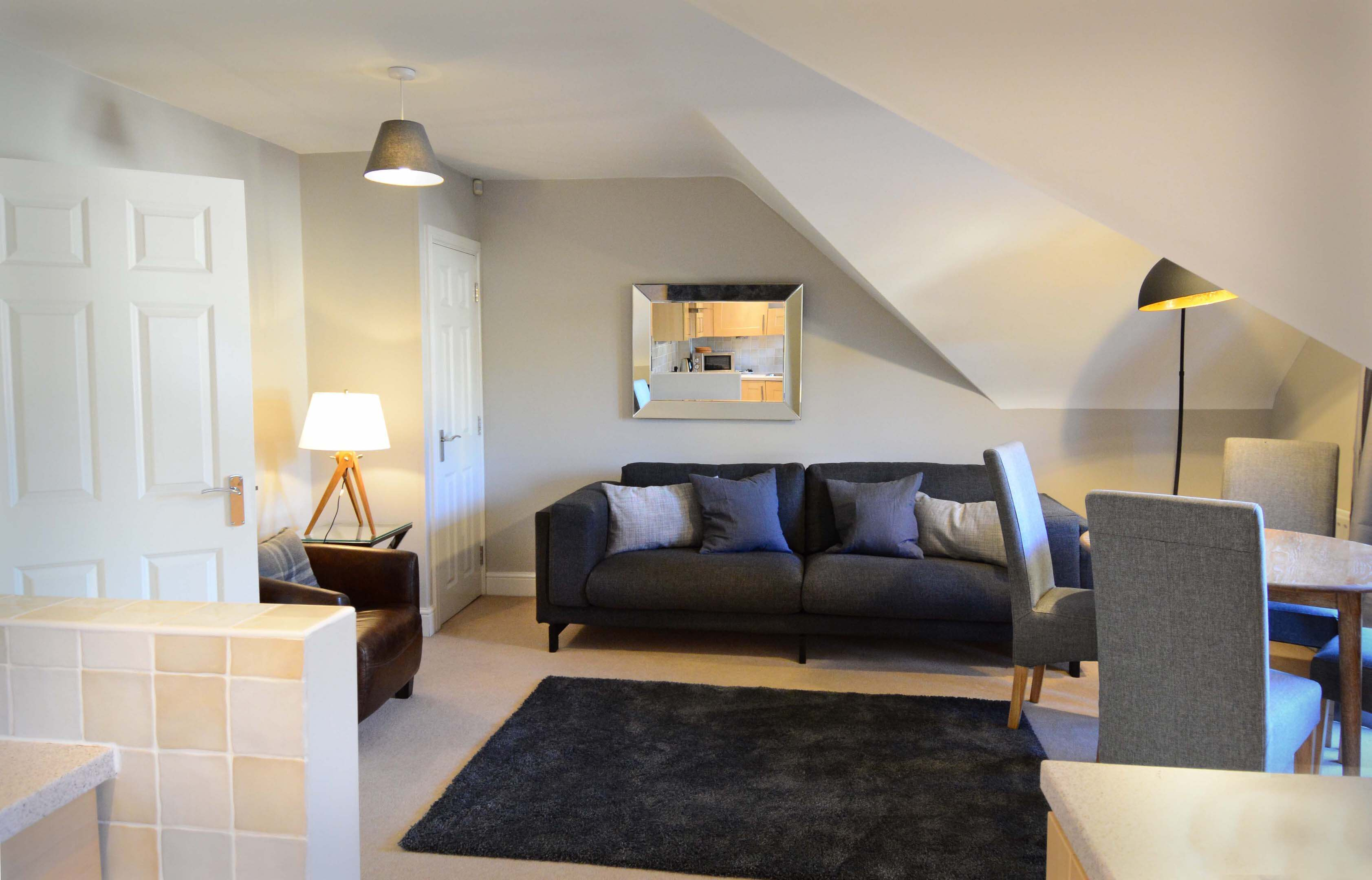 Oxford Two Bedroom Churchill Suite Short Let 002