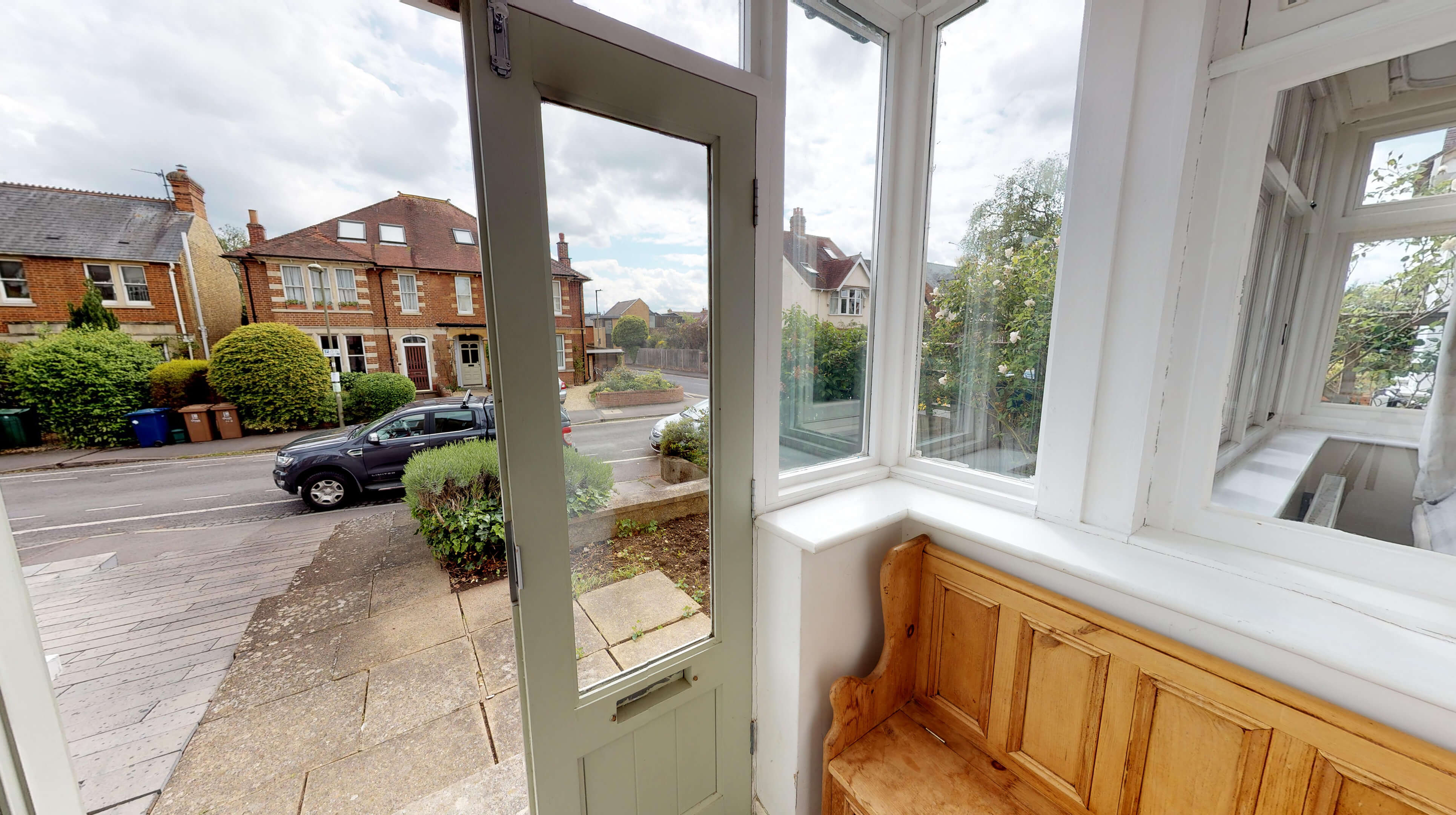 Oxford Two Bedroom Lavender House Porch