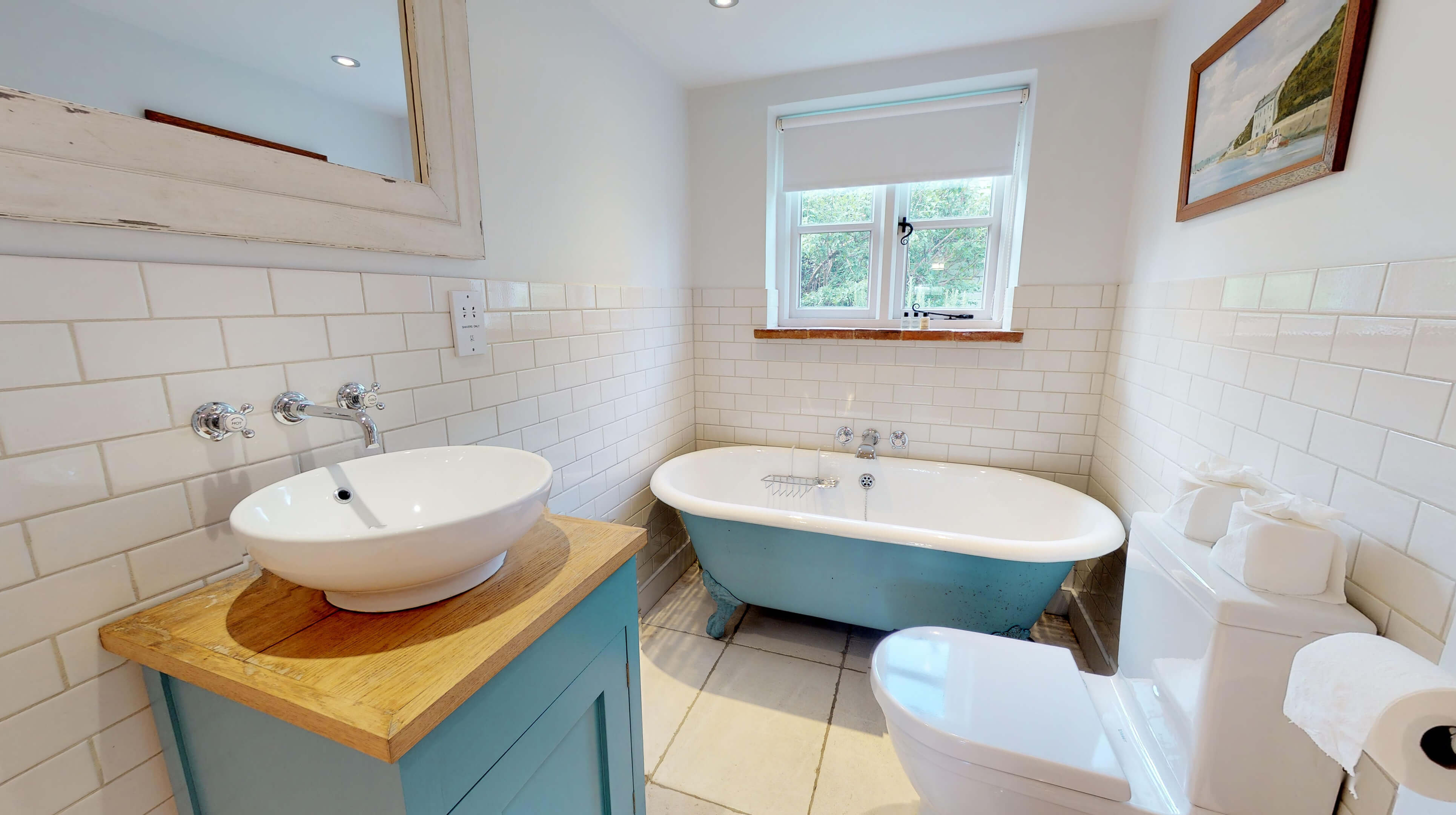 Lower Heyford Three Bedroom Coopers Cottage Bathroom 1