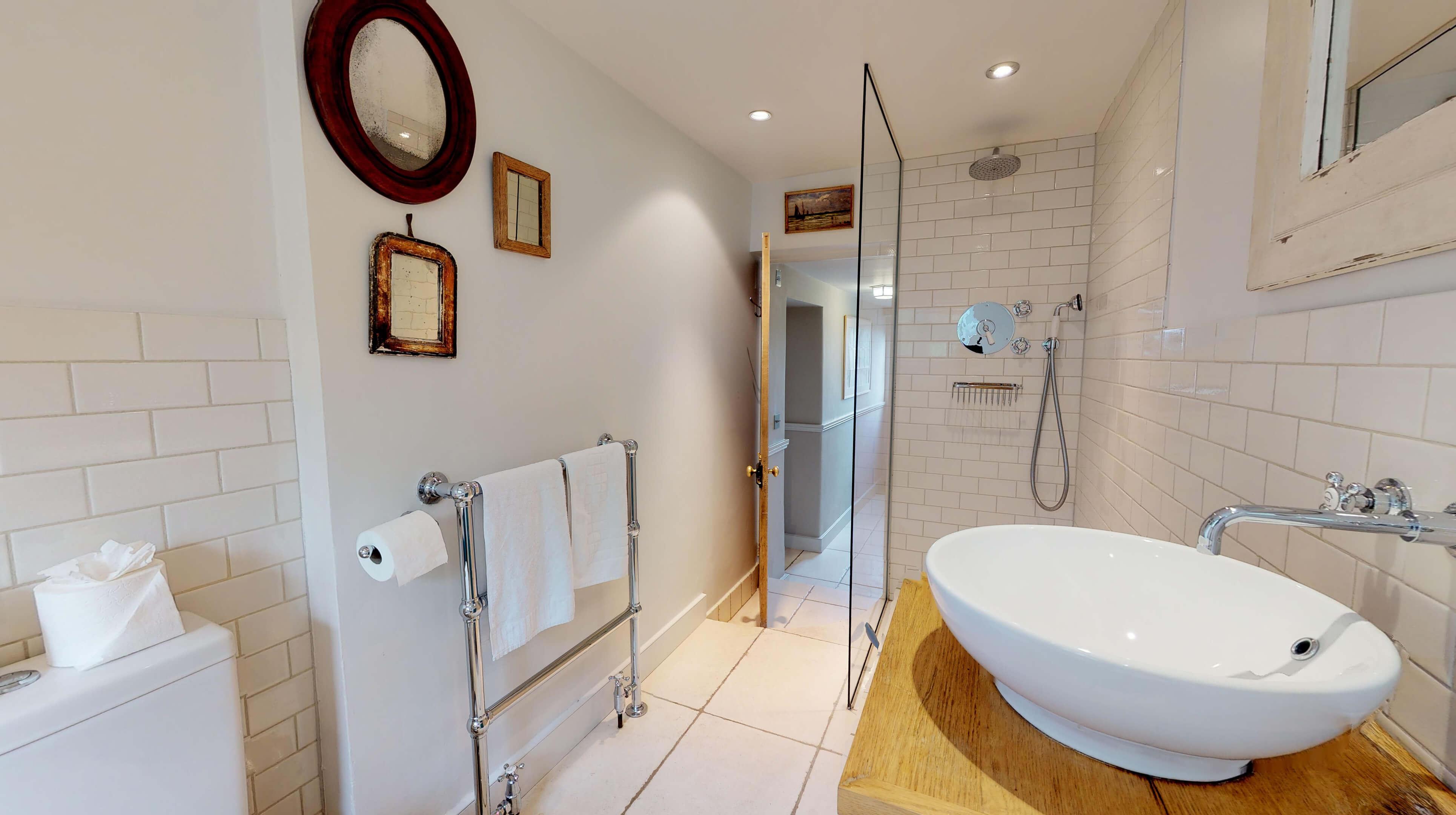 Lower Heyford Three Bedroom Coopers Cottage Bathroom 2