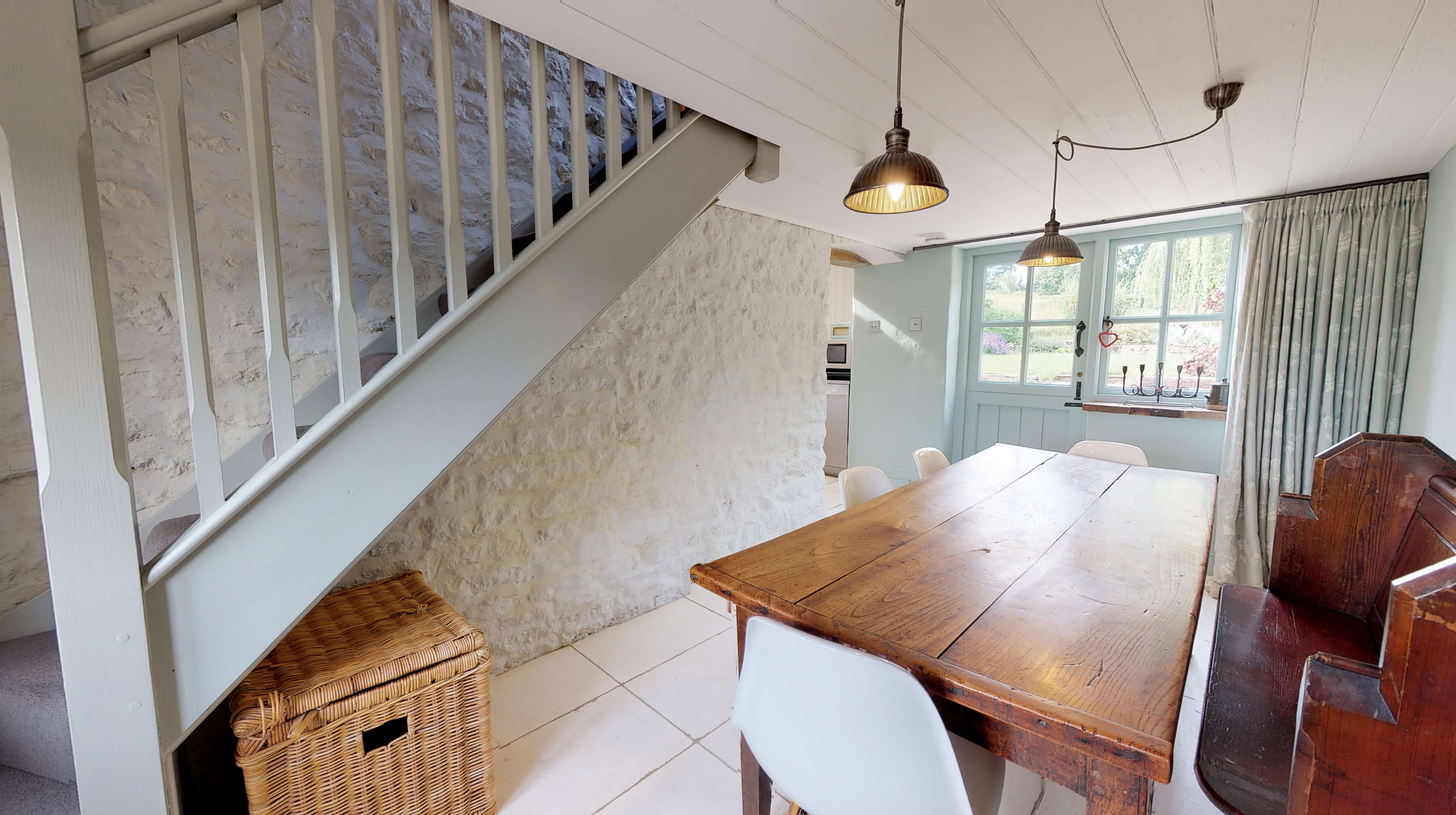 Lower Heyford Three Bedroom Coopers Cottage Dining Room 3