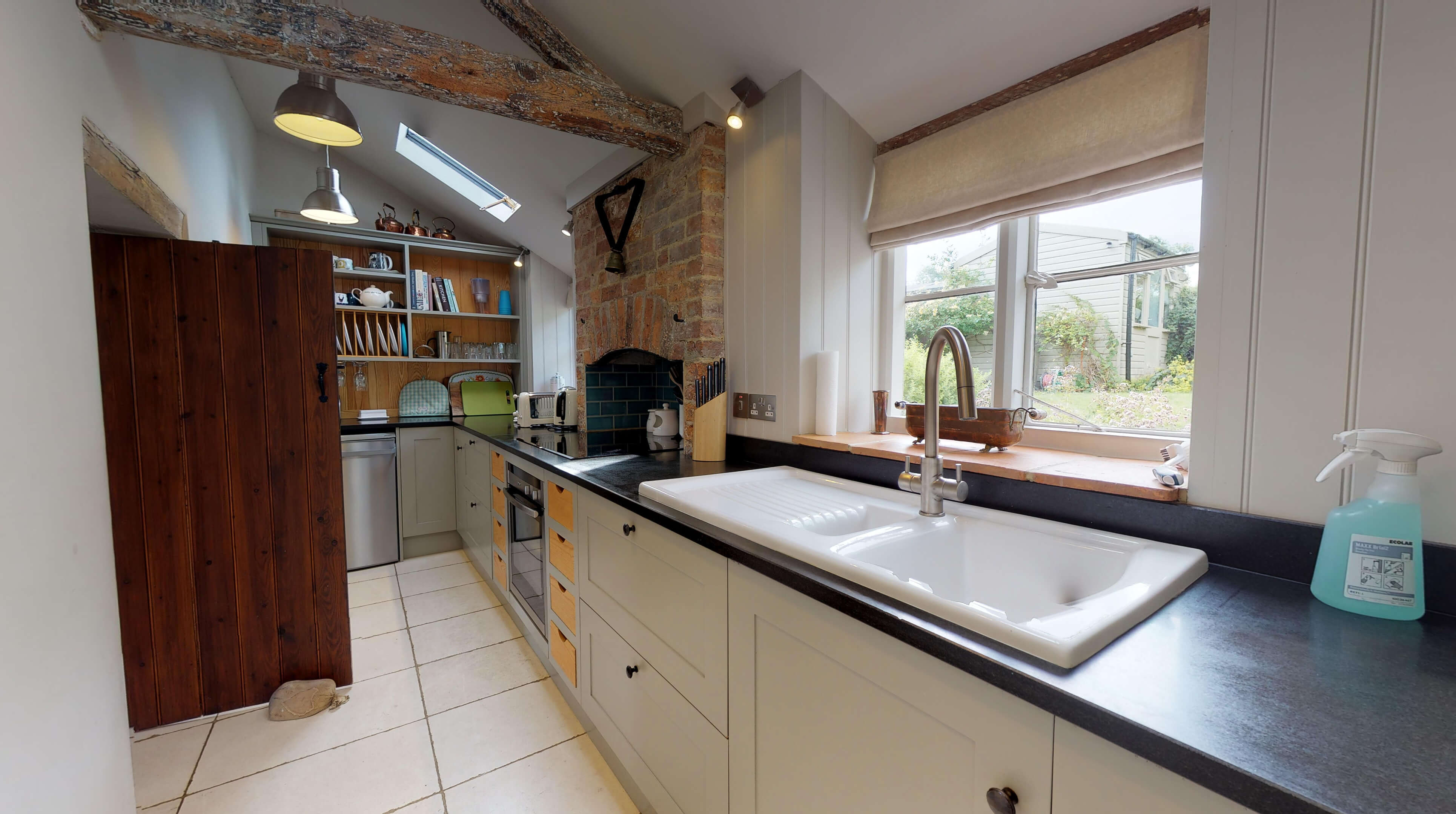 Lower Heyford Three Bedroom Coopers Cottage Kitchen 2