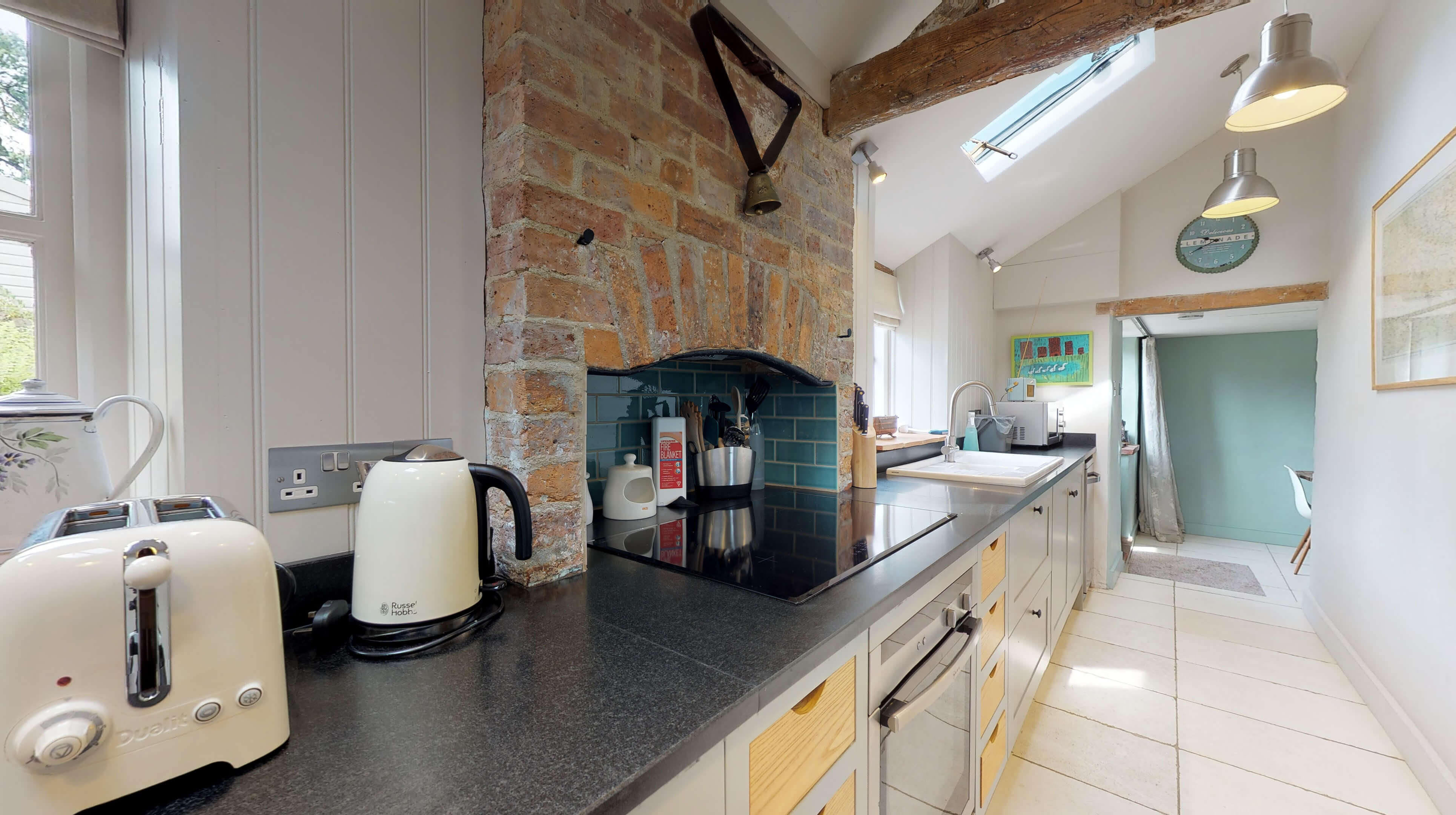 Lower Heyford Three Bedroom Coopers Cottage Kitchen 3