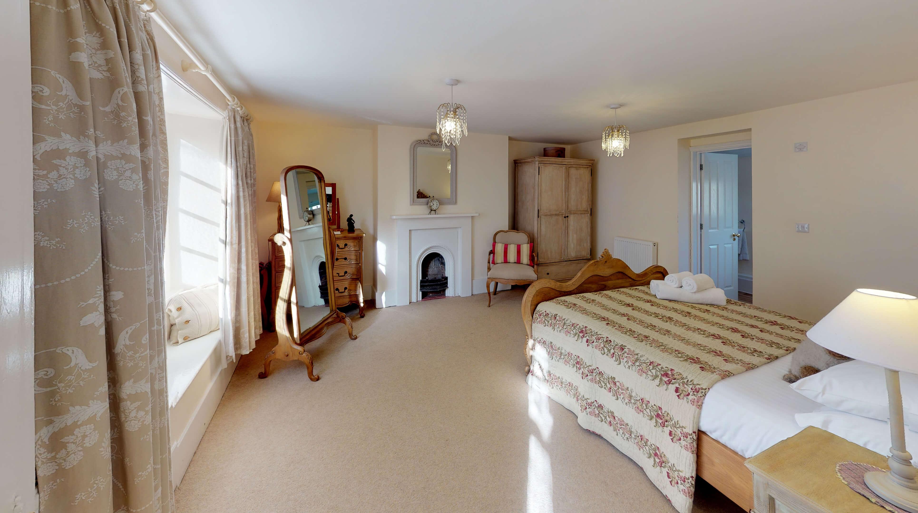 Bladon Two Bedroom Home Farm Cottage Bedroom One 2