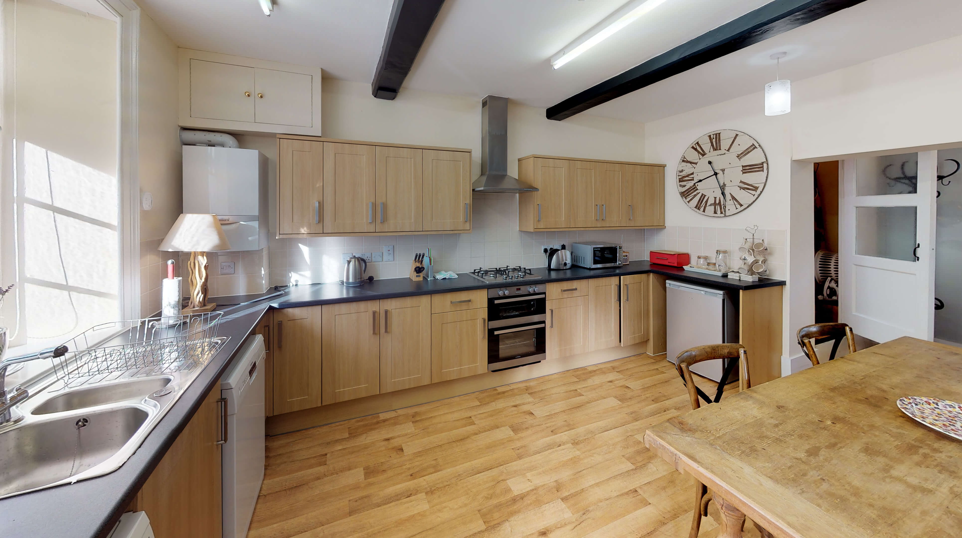 Bladon Two Bedroom Home Farm Cottage Kitchen 2
