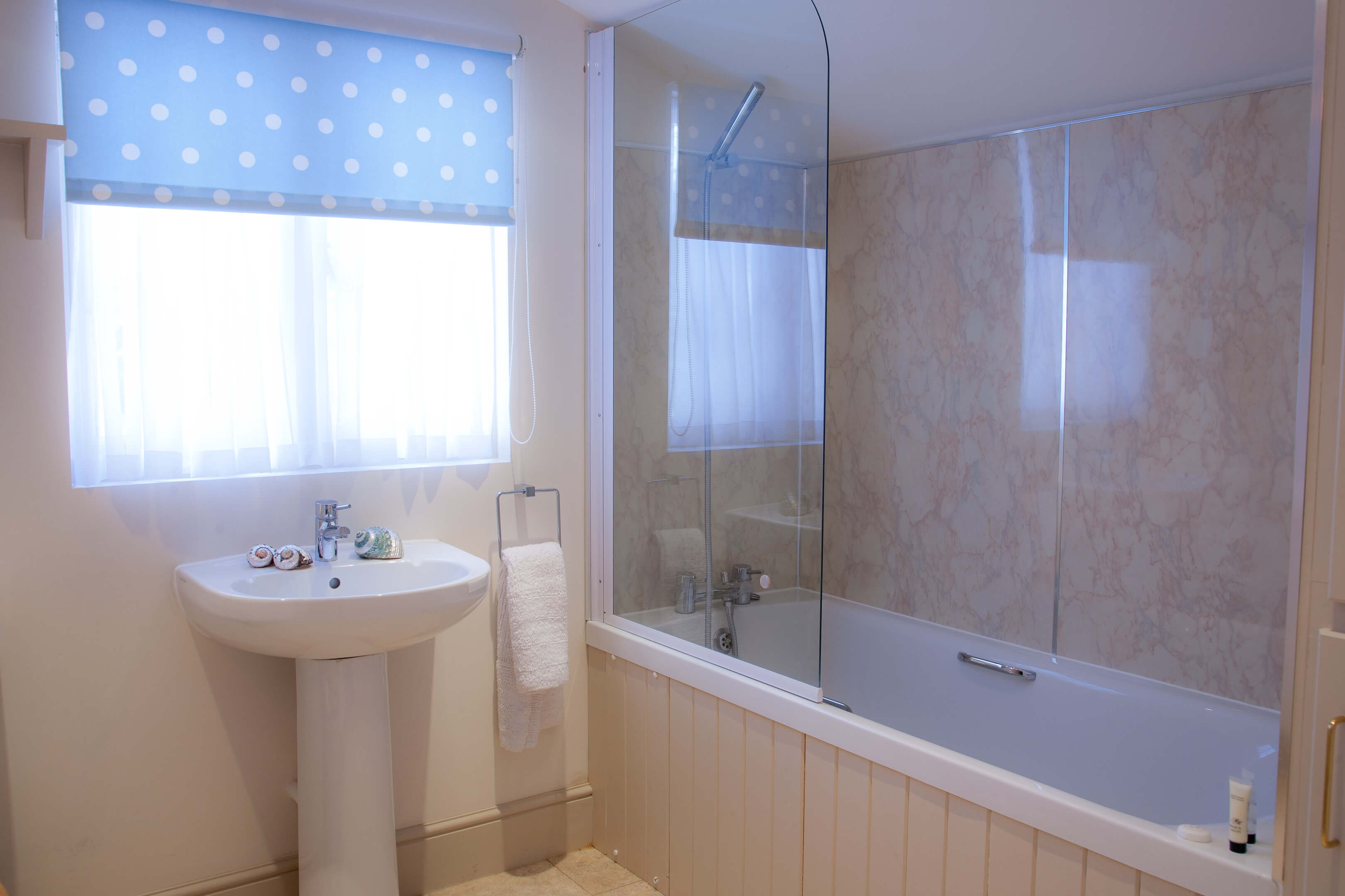 Oxford Shortlet Self Catering Apartment Doubleroom Beech Cottage 16