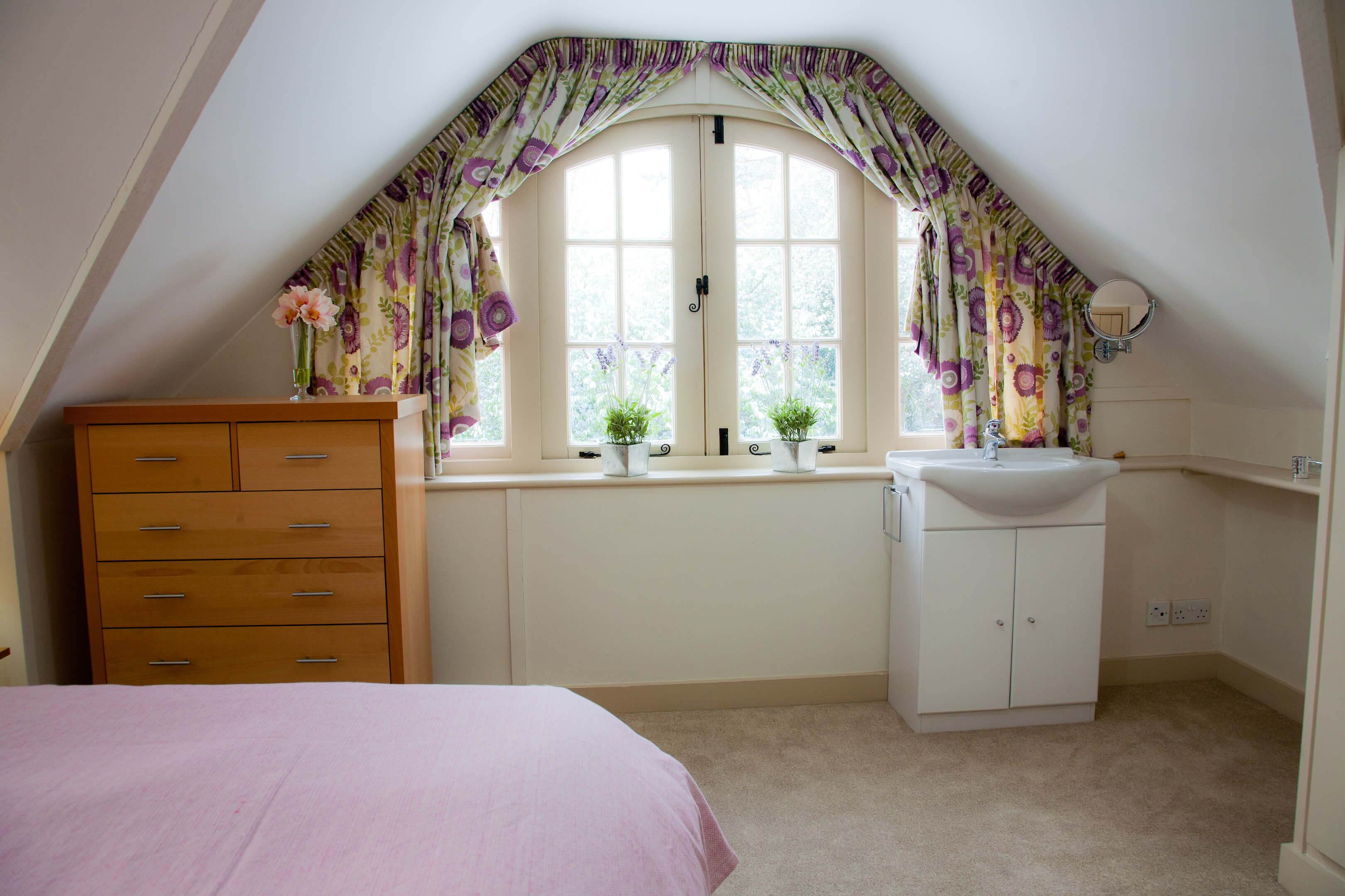Oxford Shortlet Self Catering Apartment Doubleroom Beech Cottage 6