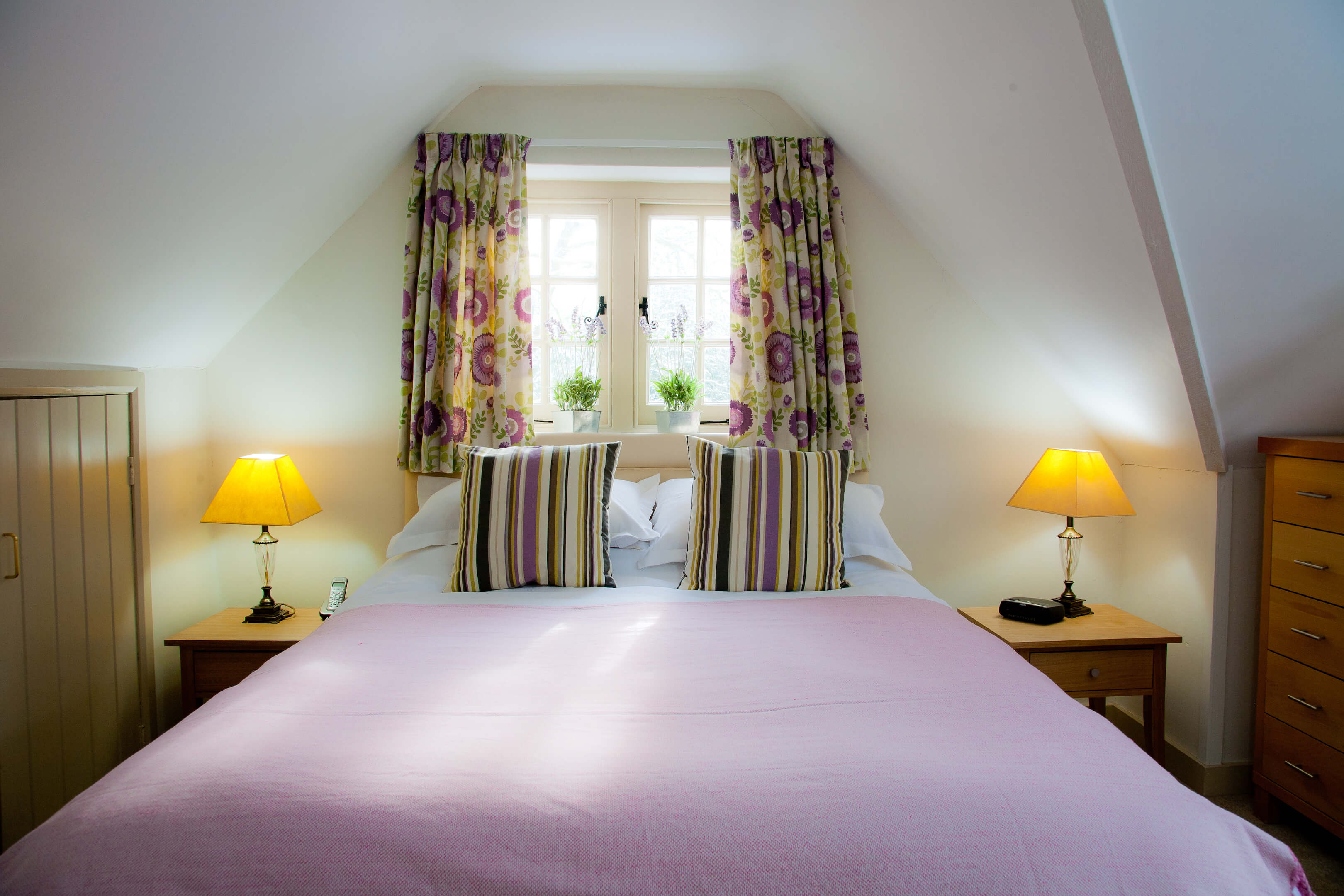 Oxford Shortlet Self Catering Apartment Doubleroom Beech Cottage 4