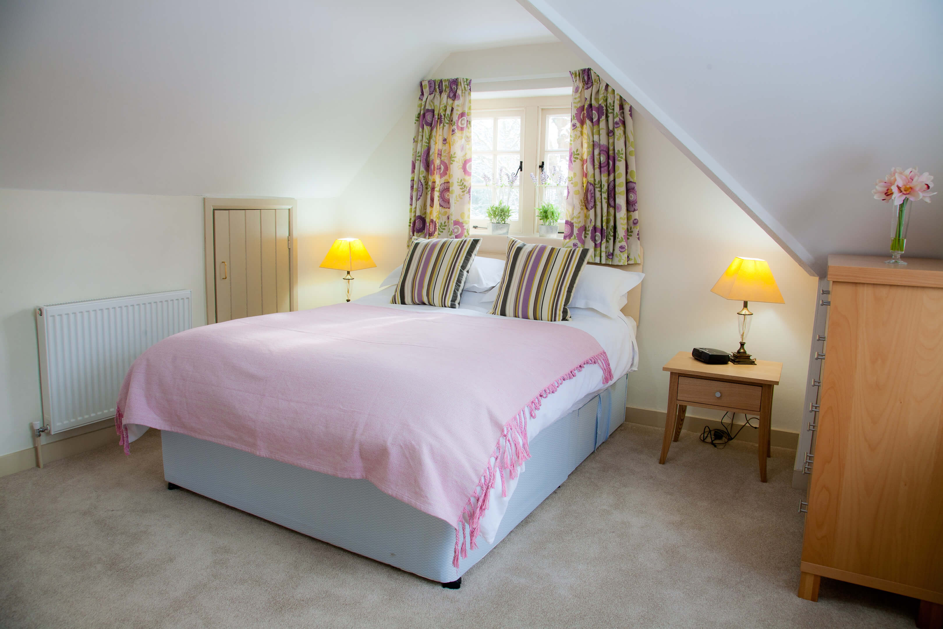 Oxford Shortlet Self Catering Apartment Doubleroom Beech Cottage 2