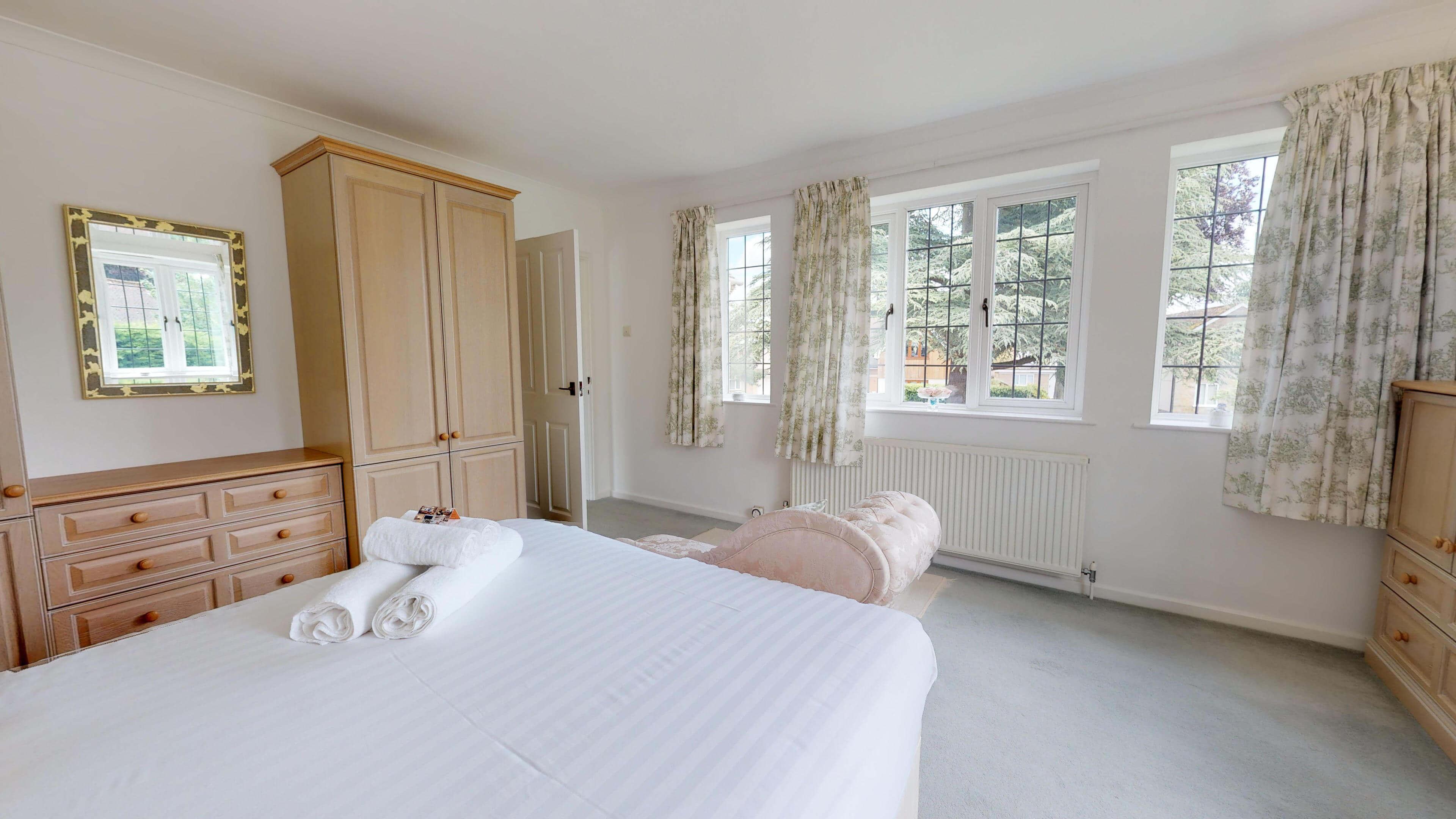 Blenheim Gate Master Bedroom 1