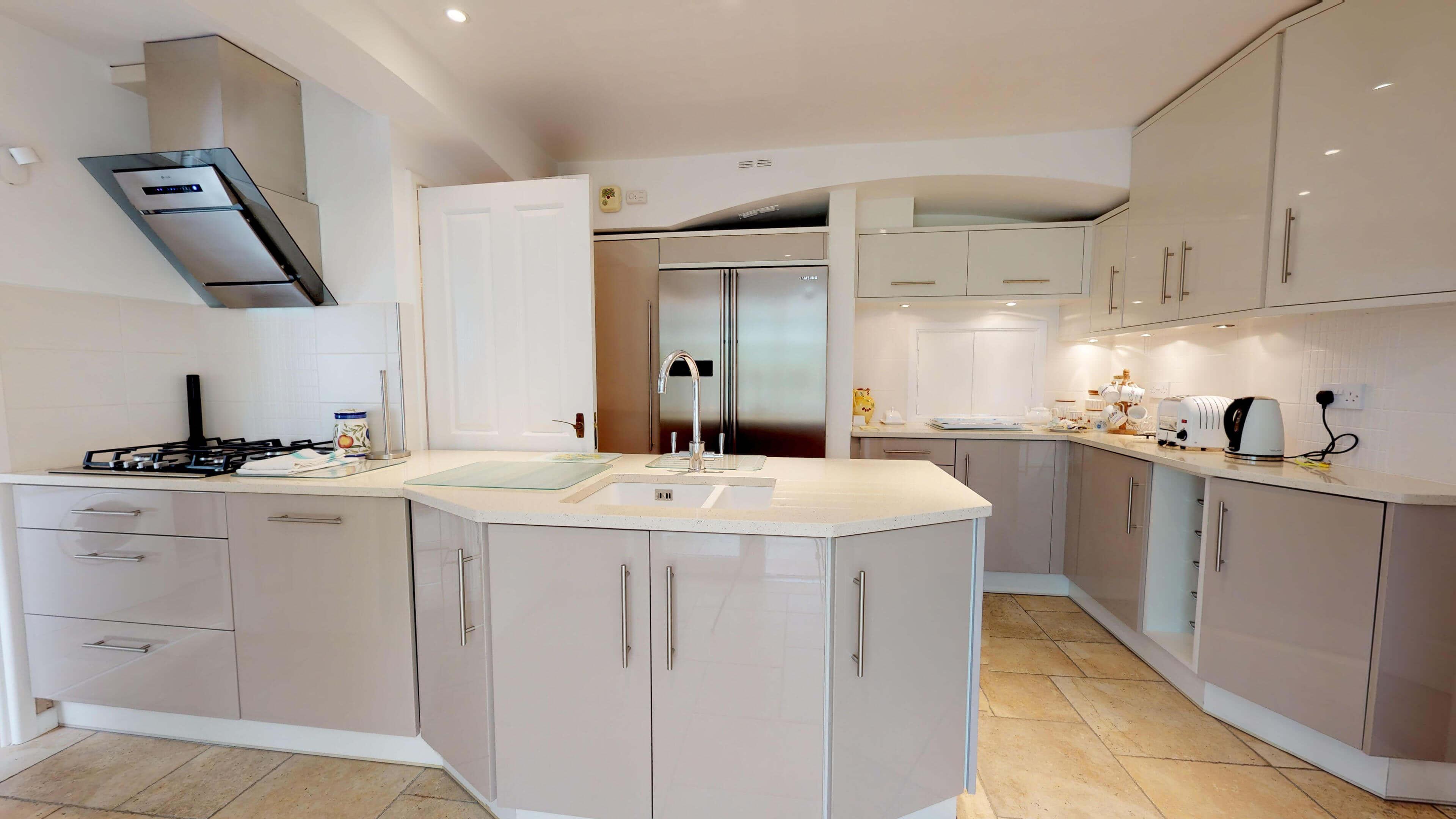 Blenheim Gate Kitchen 3