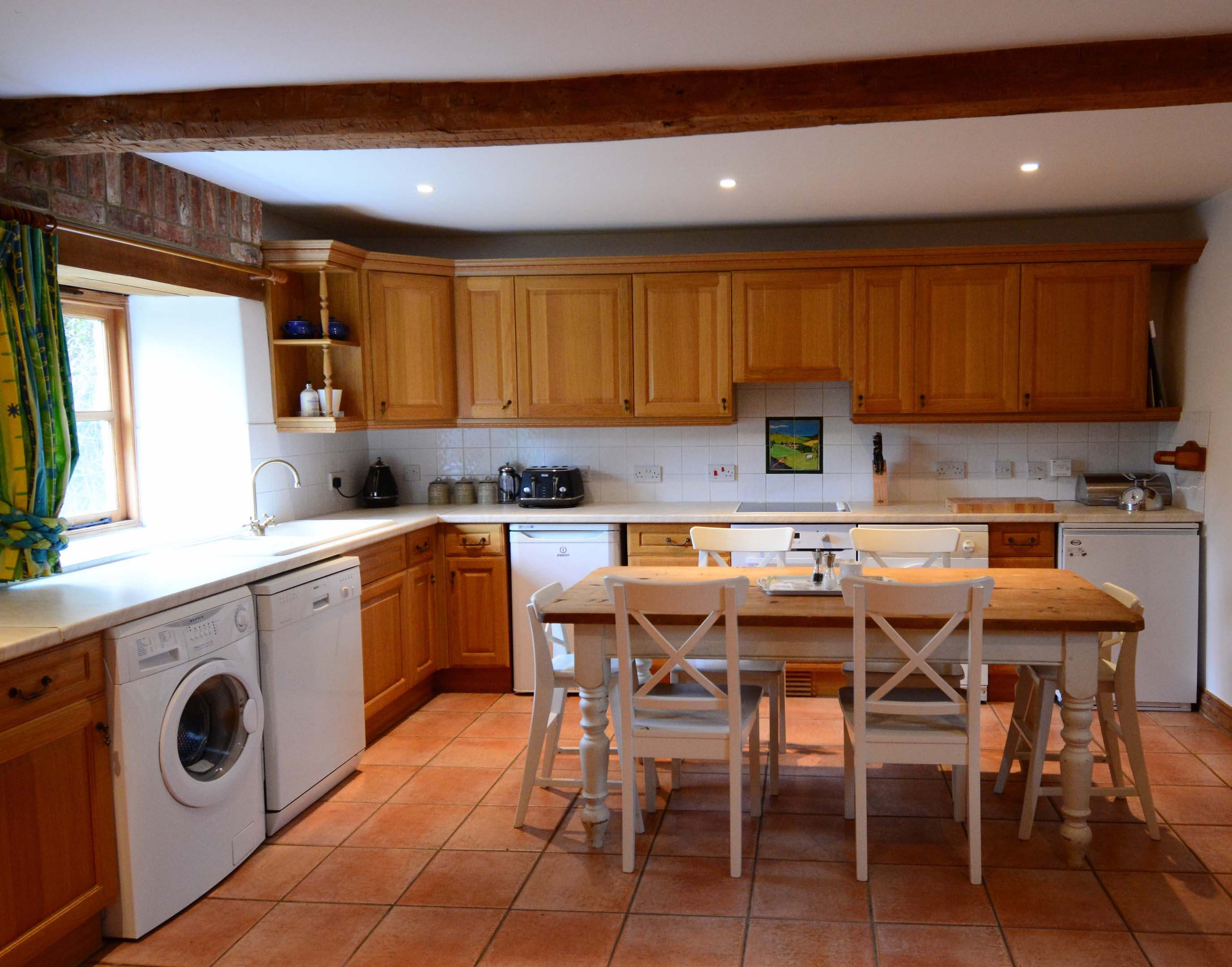 Ramsden Three Bedroom Hutts Bothy Kitchen 2