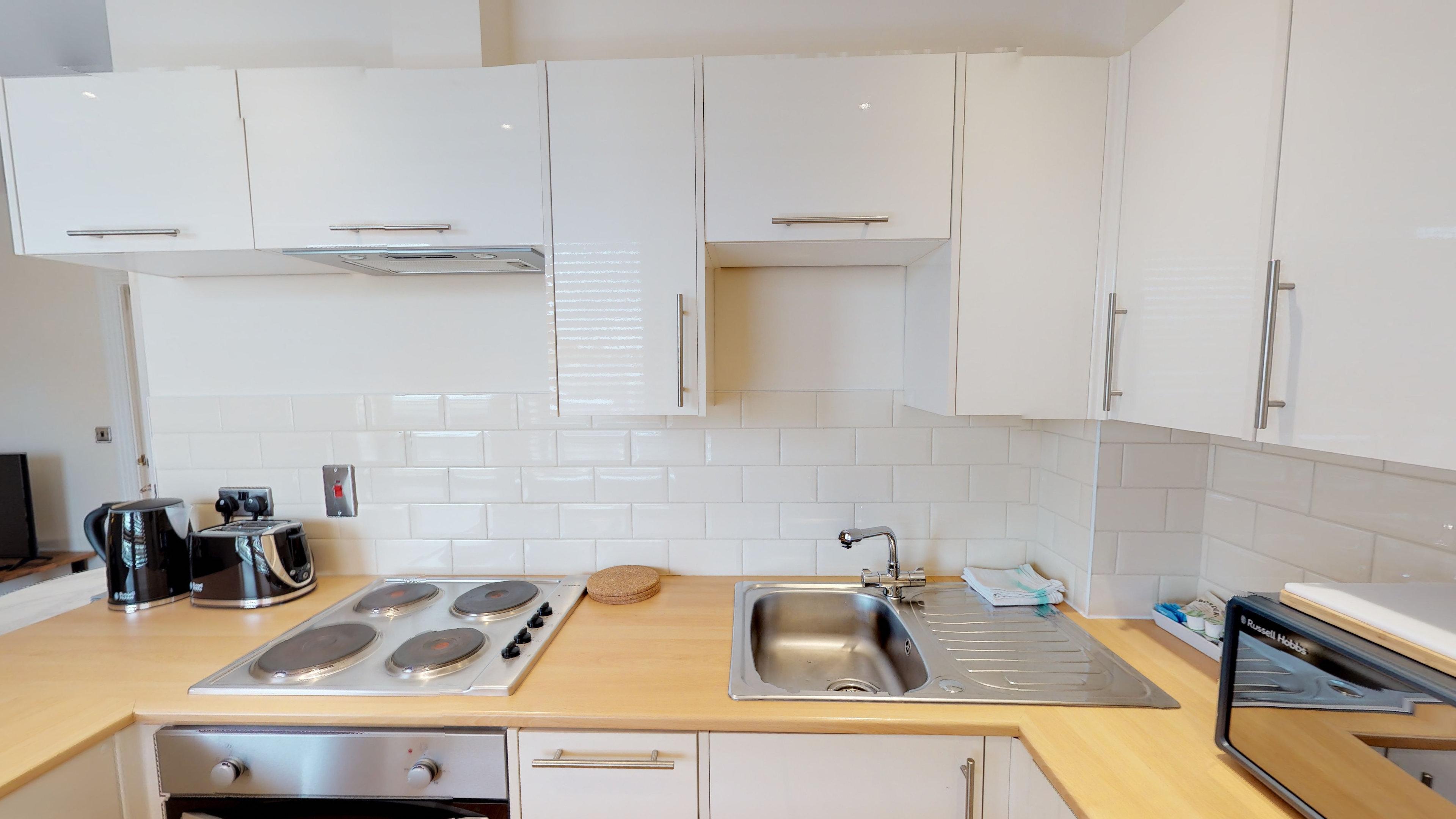 Morris Apartments Nomad Suite 10 13