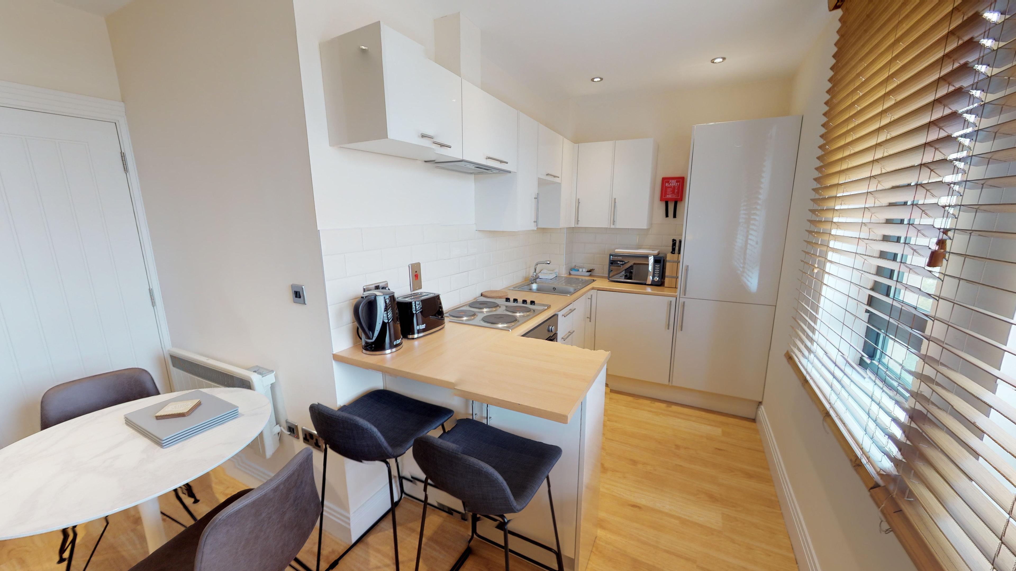 Morris Apartments Nomad Suite 10 11