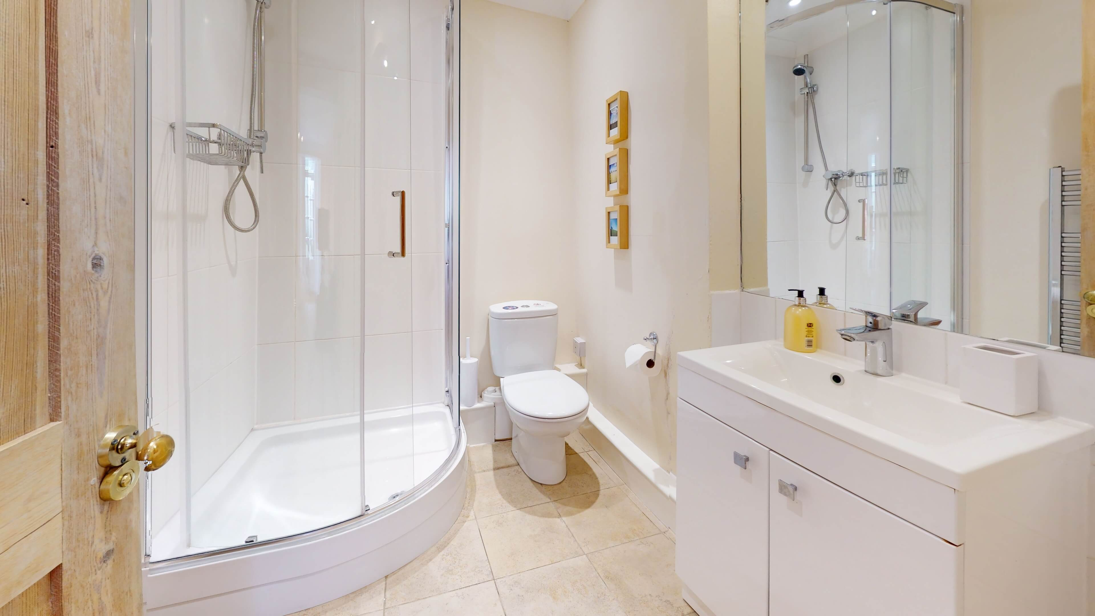 Princes Street Bathroom