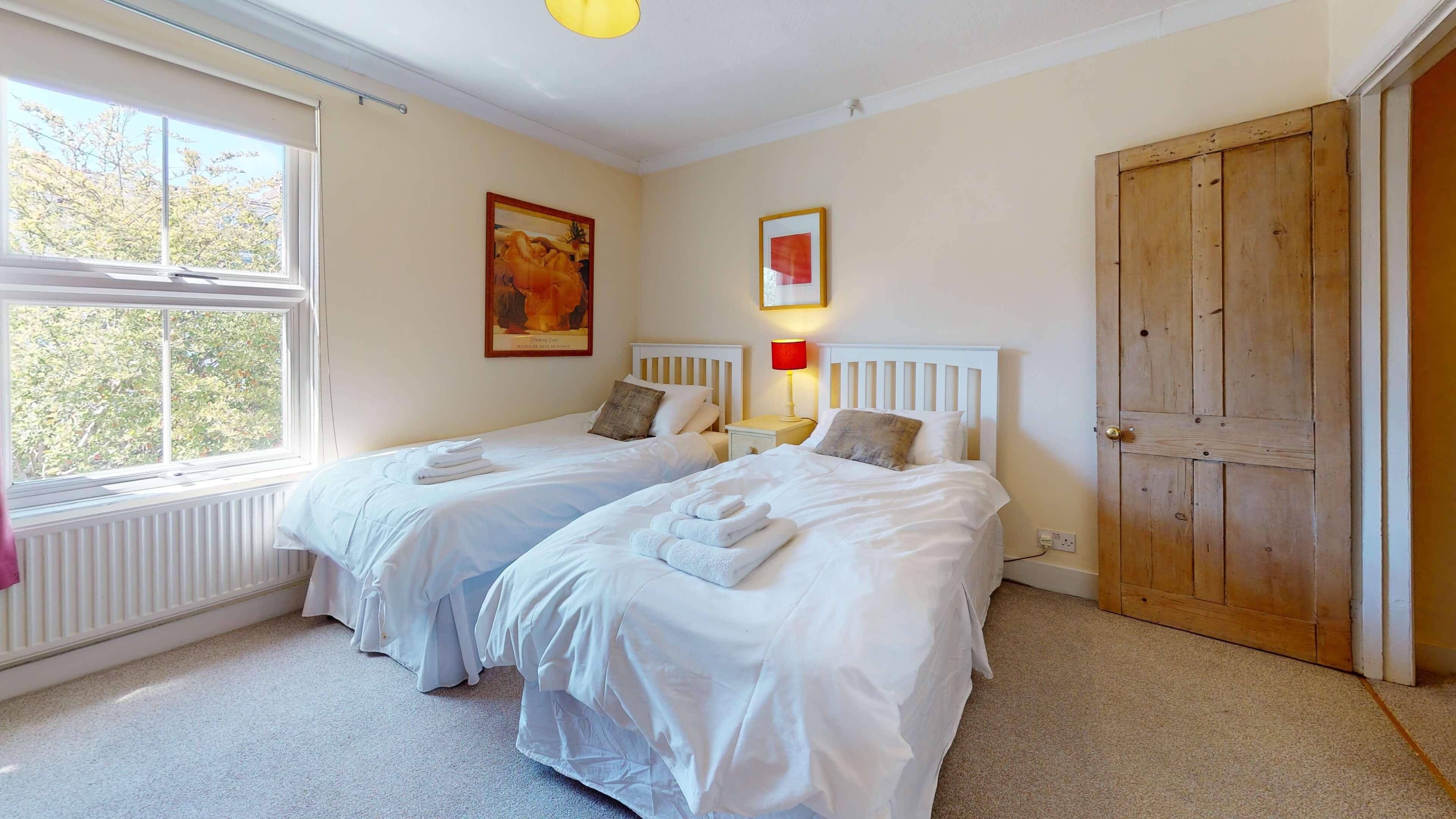 Princes Street Bedroom4