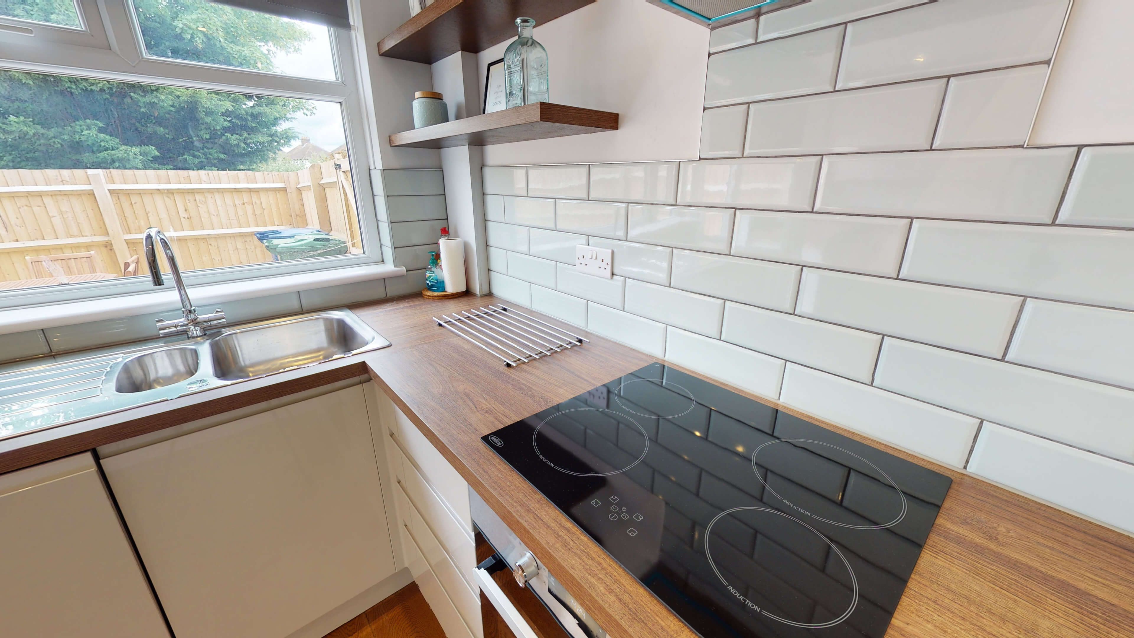 Hollow Way House Kitchen Showing Hob