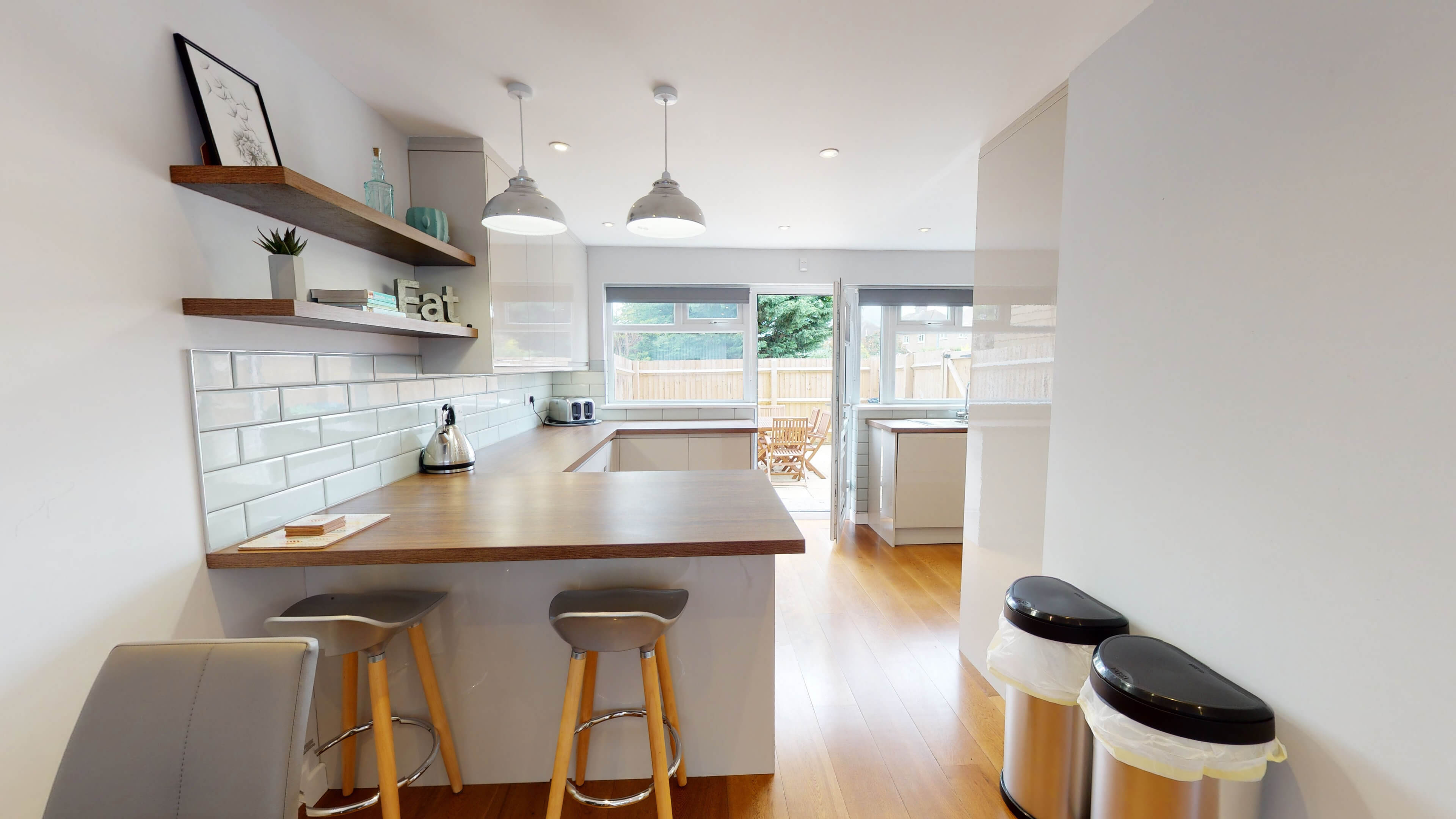 Hollow Way House Kitchen With Dining Area