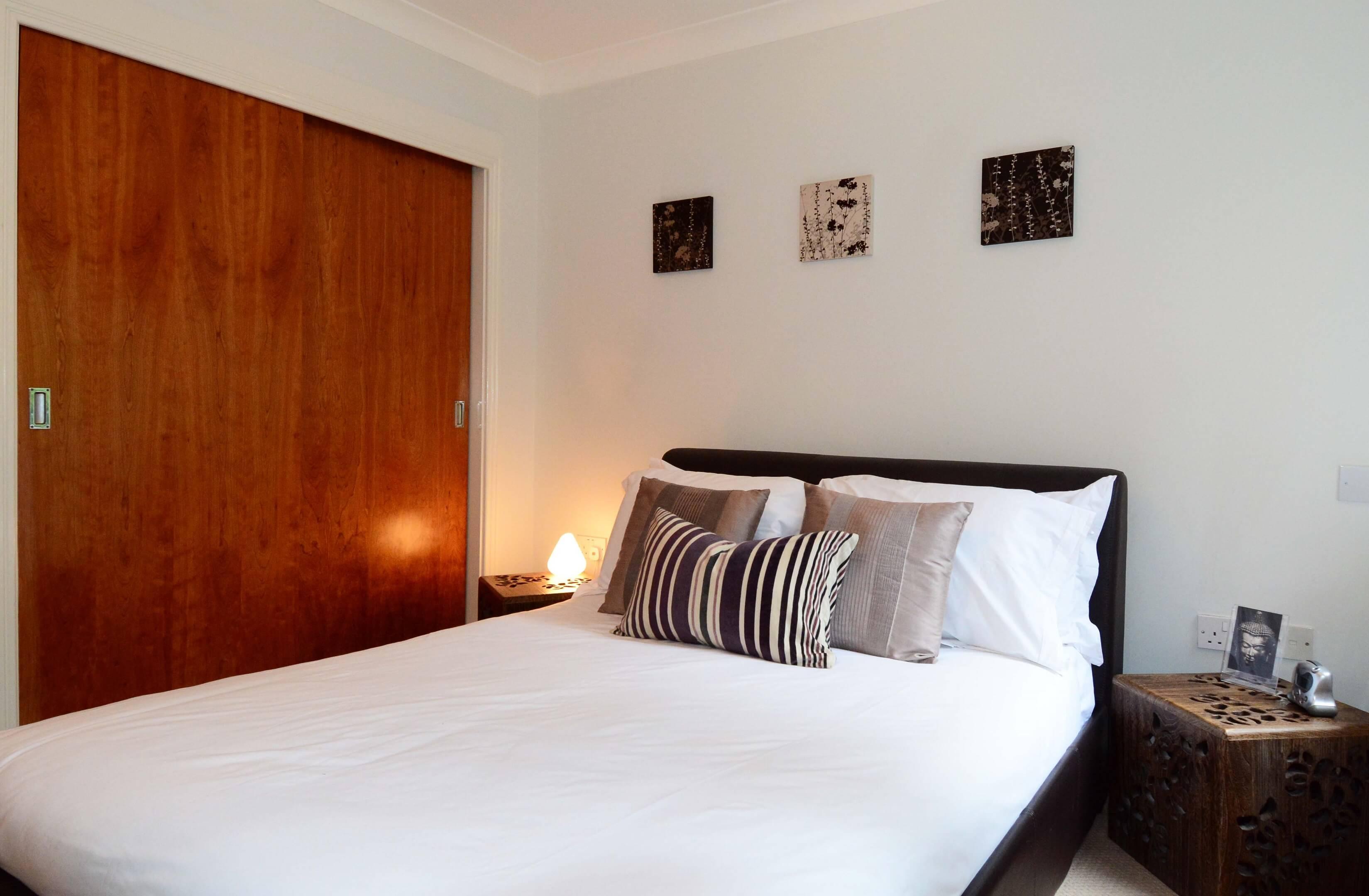 Oxford One Bedroom Elizabeth Jennings Way Bedroom 2