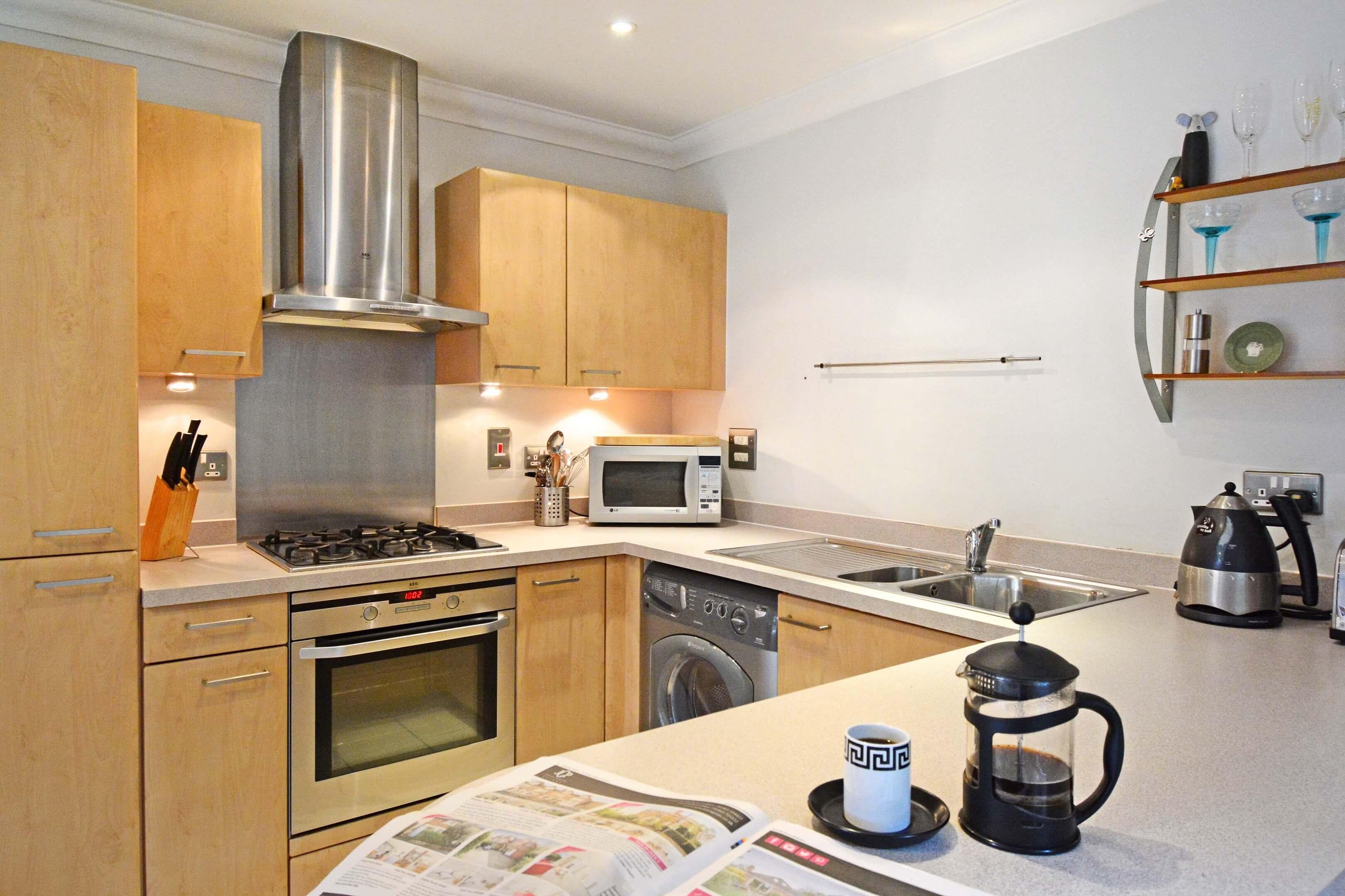 Oxford One Bedroom Elizabeth Jennings Way Kitchen 1