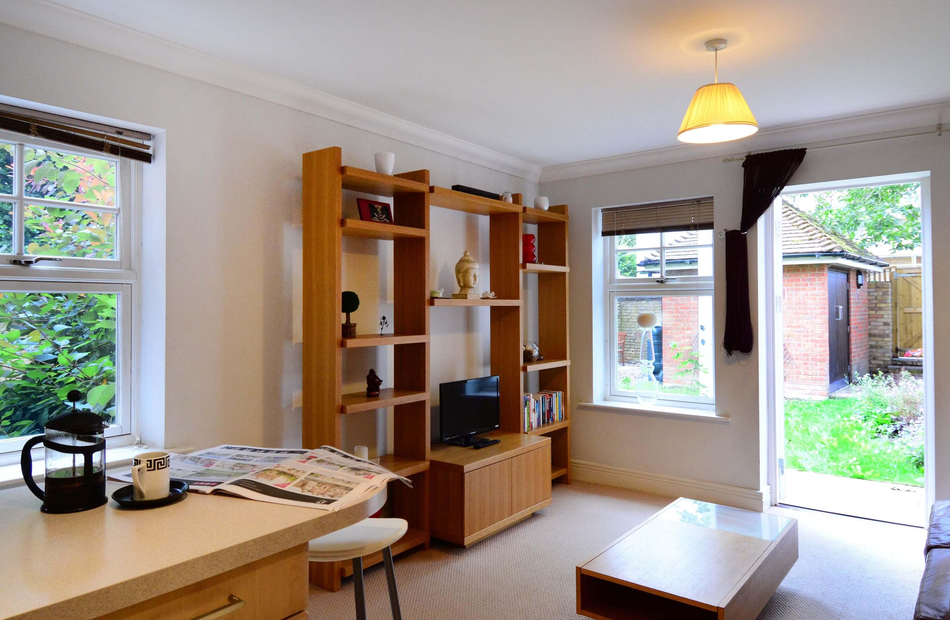 Oxford One Bedroom Elizabeth Jennings Way Living Room 3