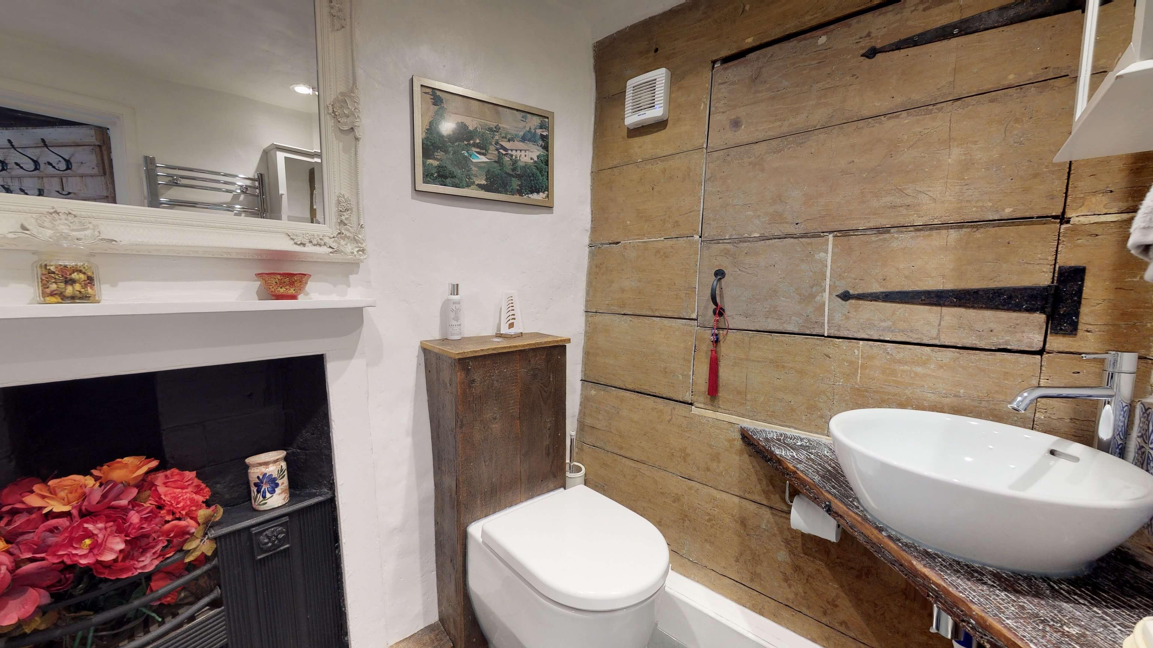 Thrupp Cottage Bathroom Two