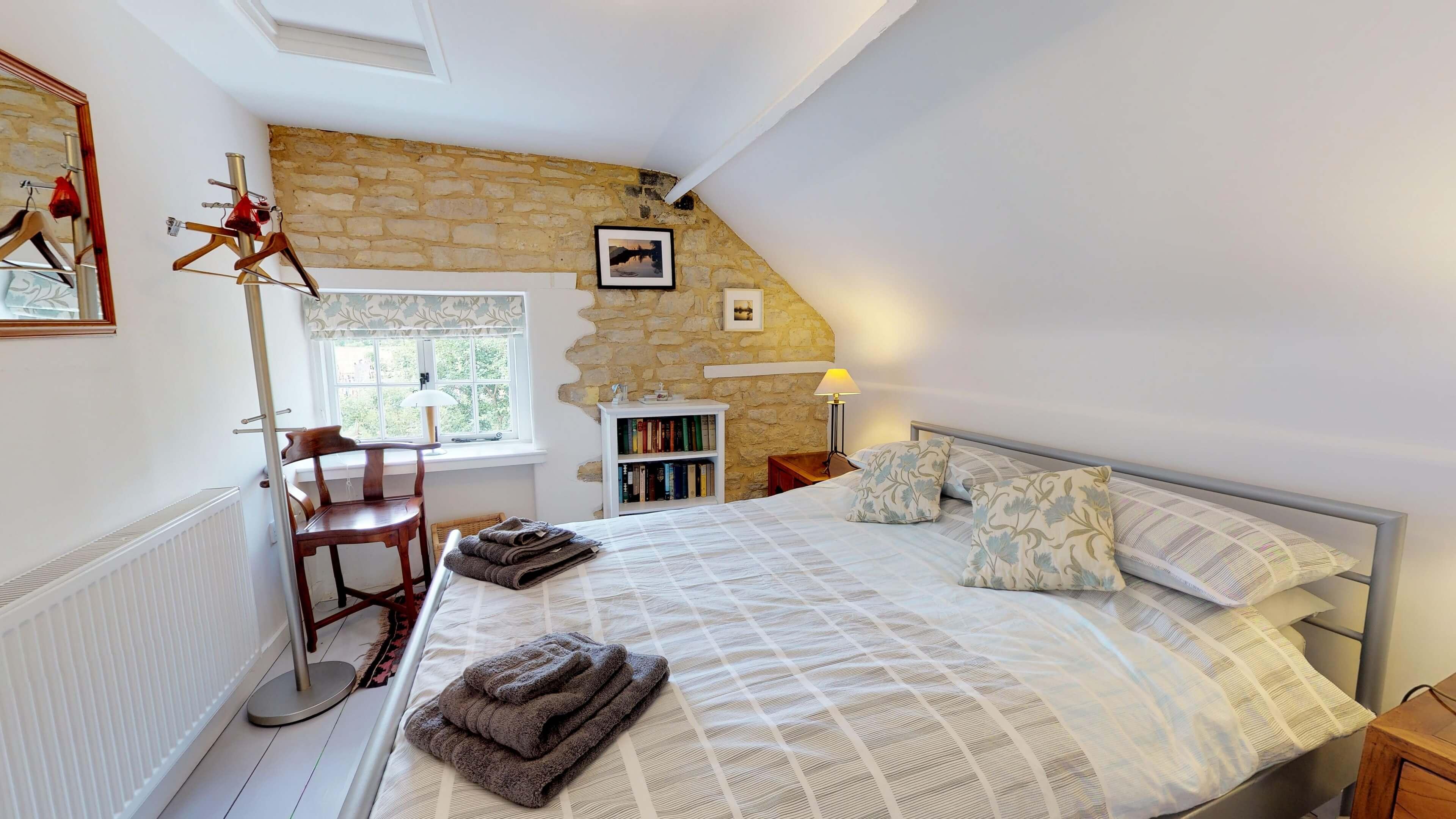 Thrupp Cottage Bedroom One