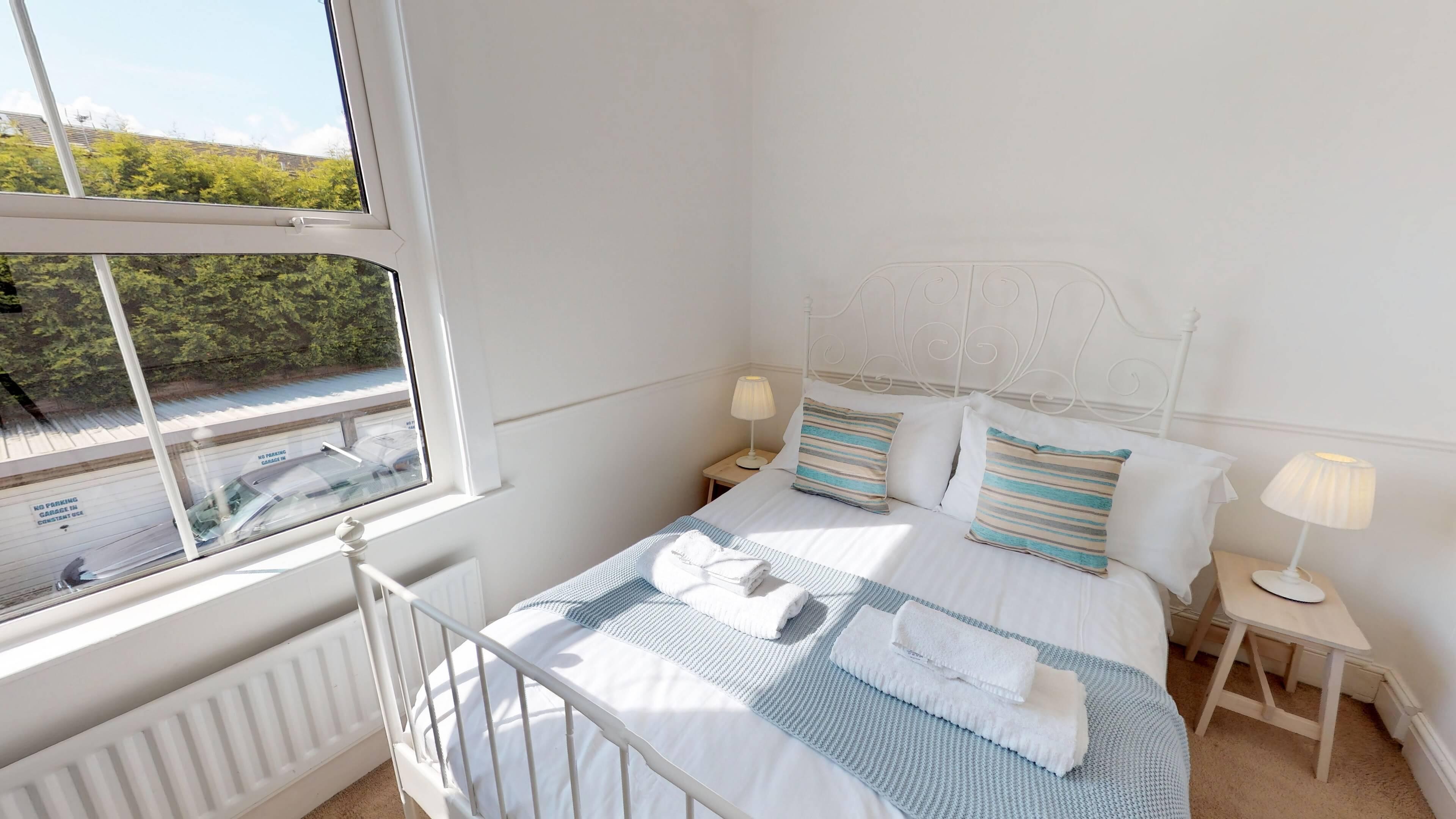 Gordon Street Bedroom