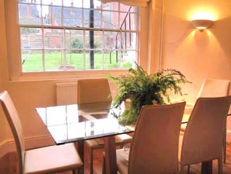 Binswood Dining Table