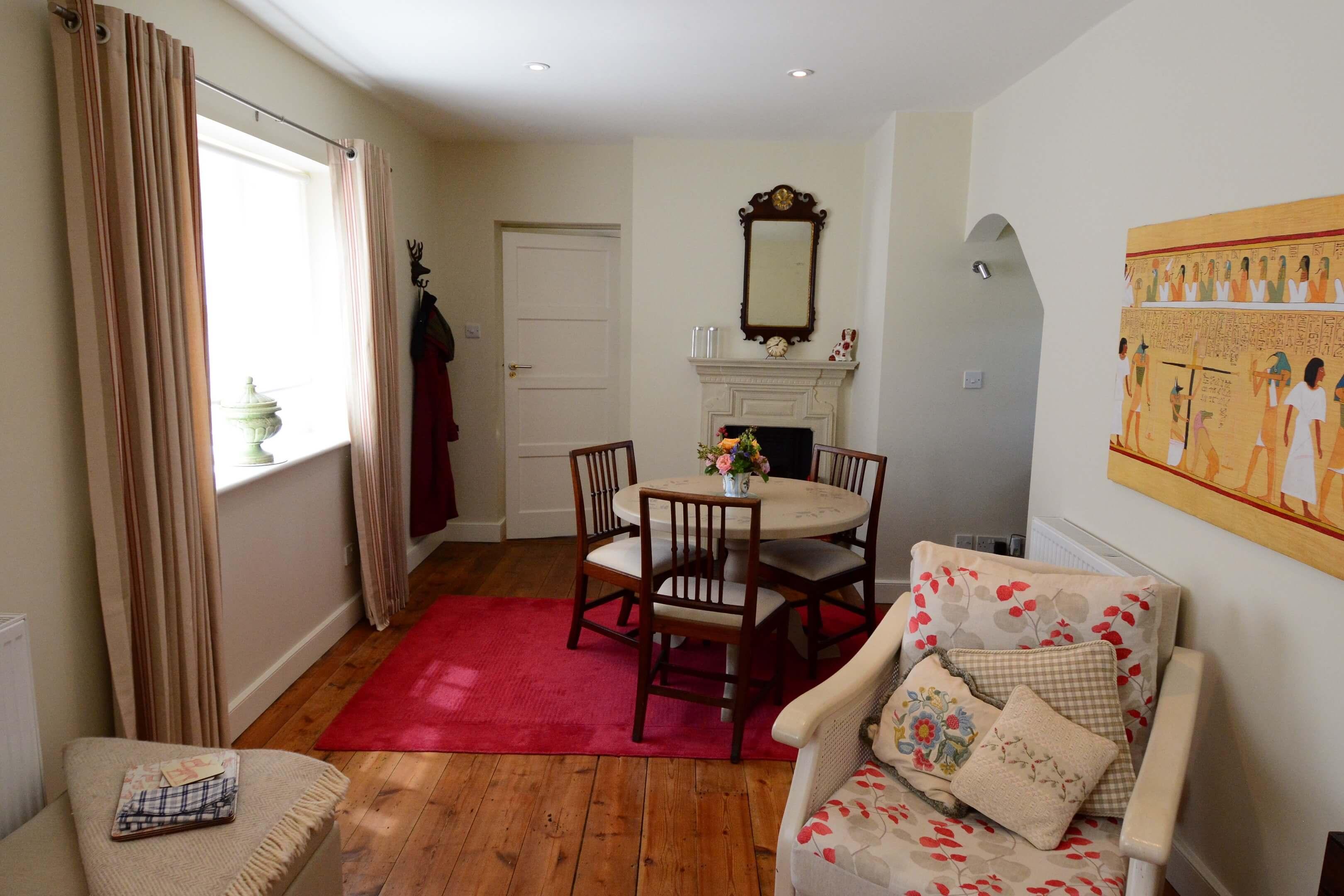 Gardners Cottage Living Room3