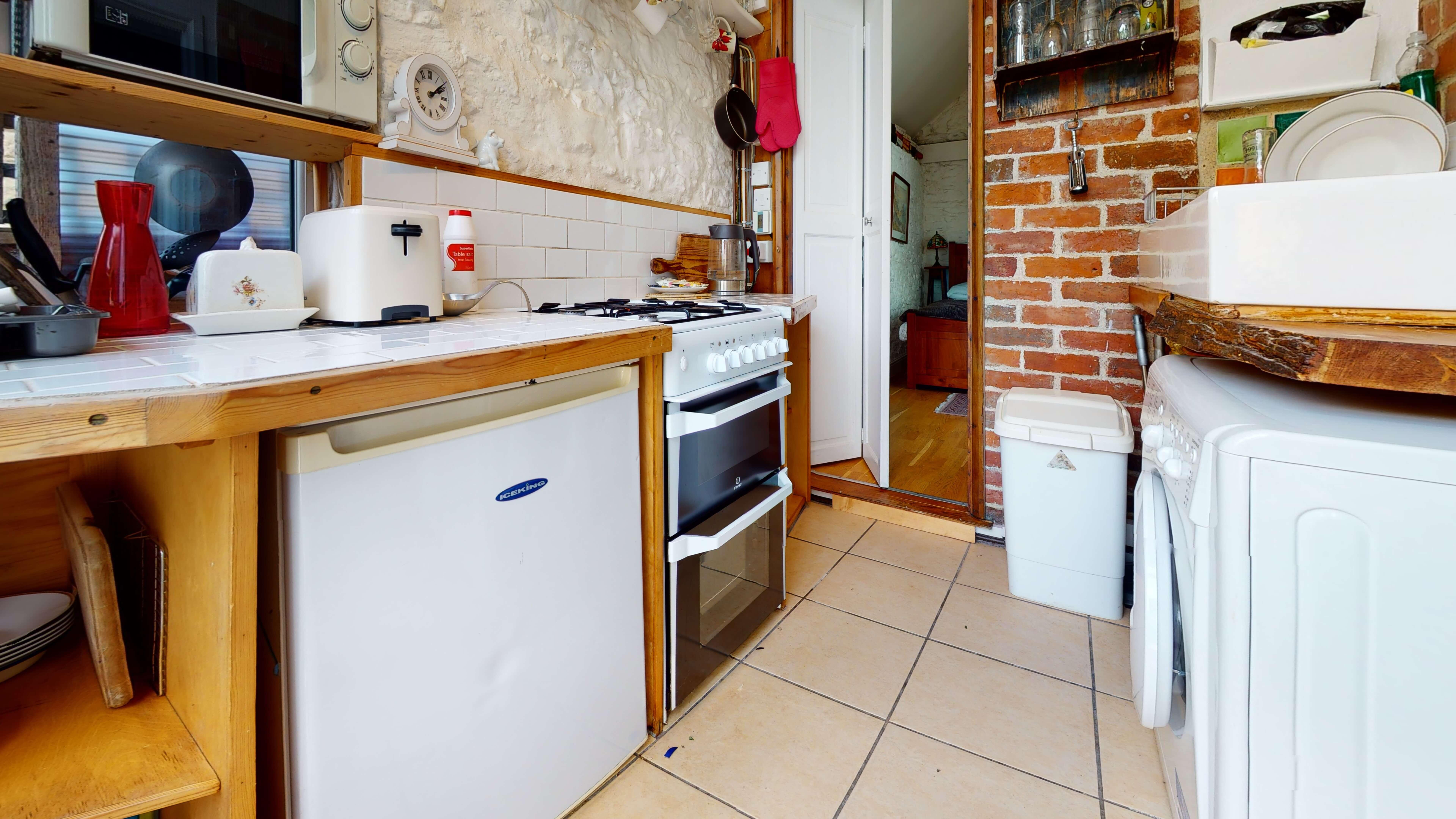 Oxford Bothy80a Kitchen