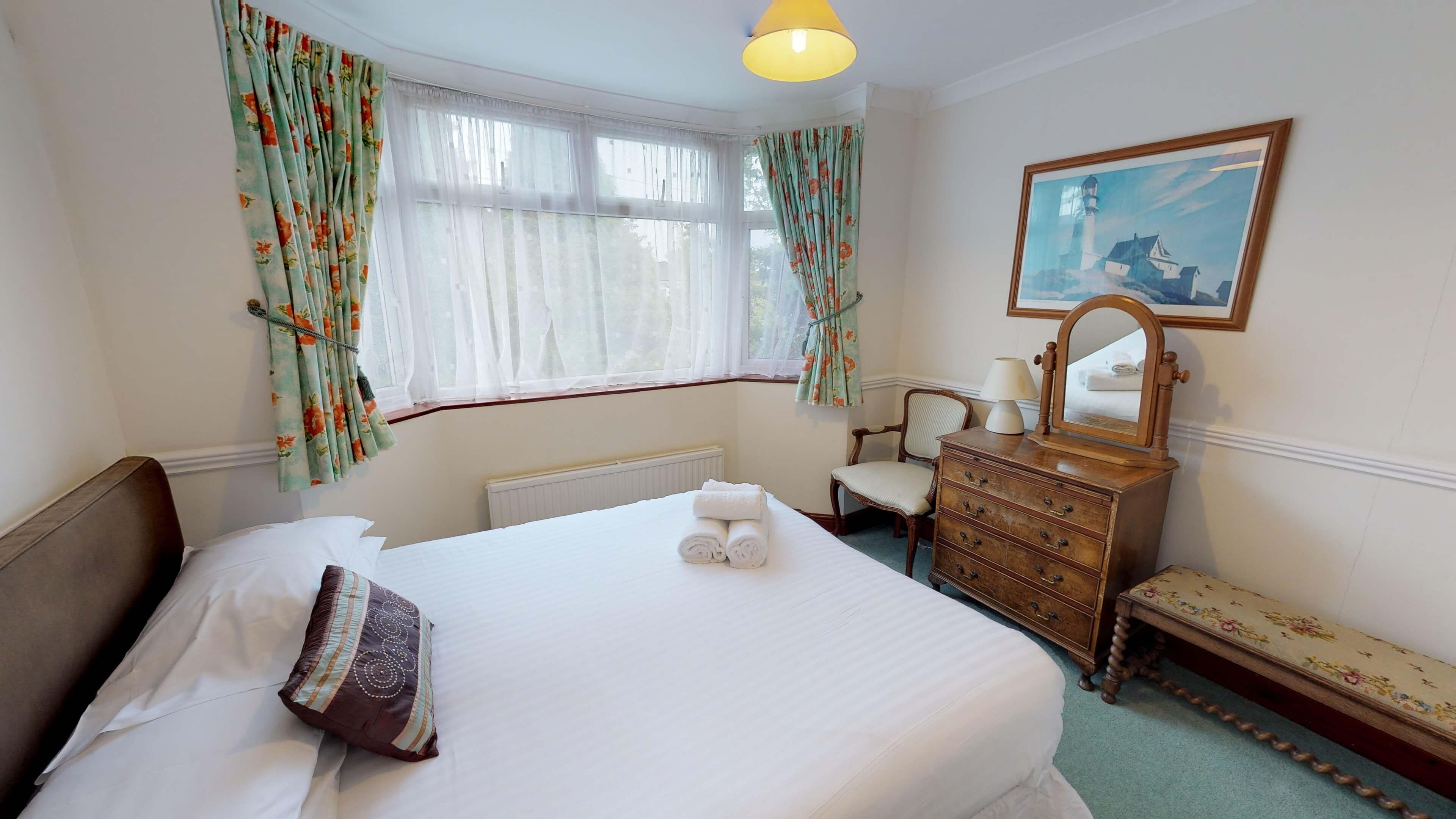 Lashford Lane Bedroom1