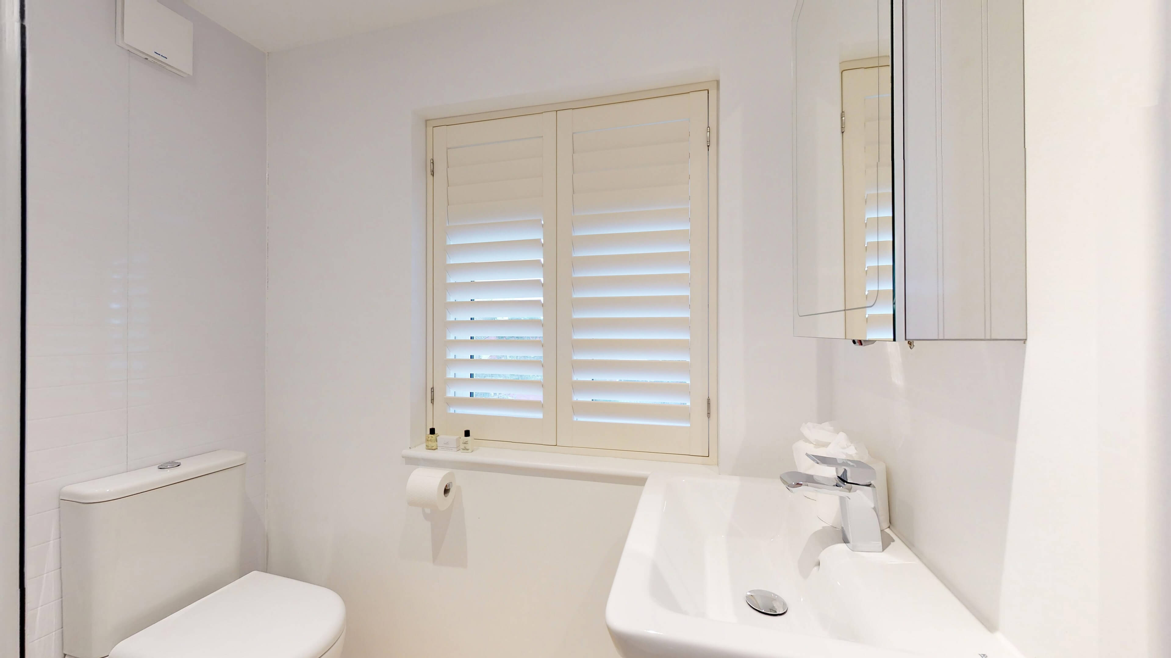 Ash Grove Bathroom2