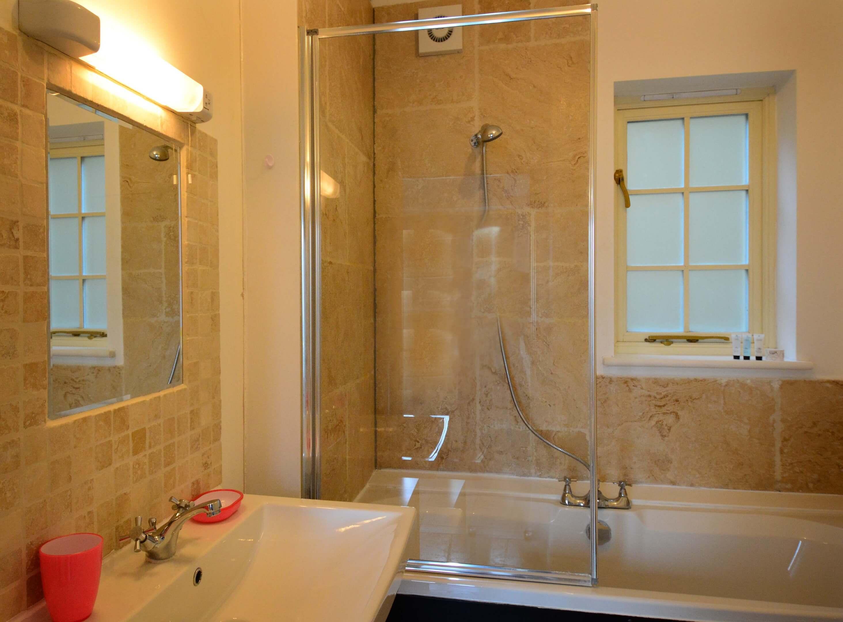Station Cottage Bathroom