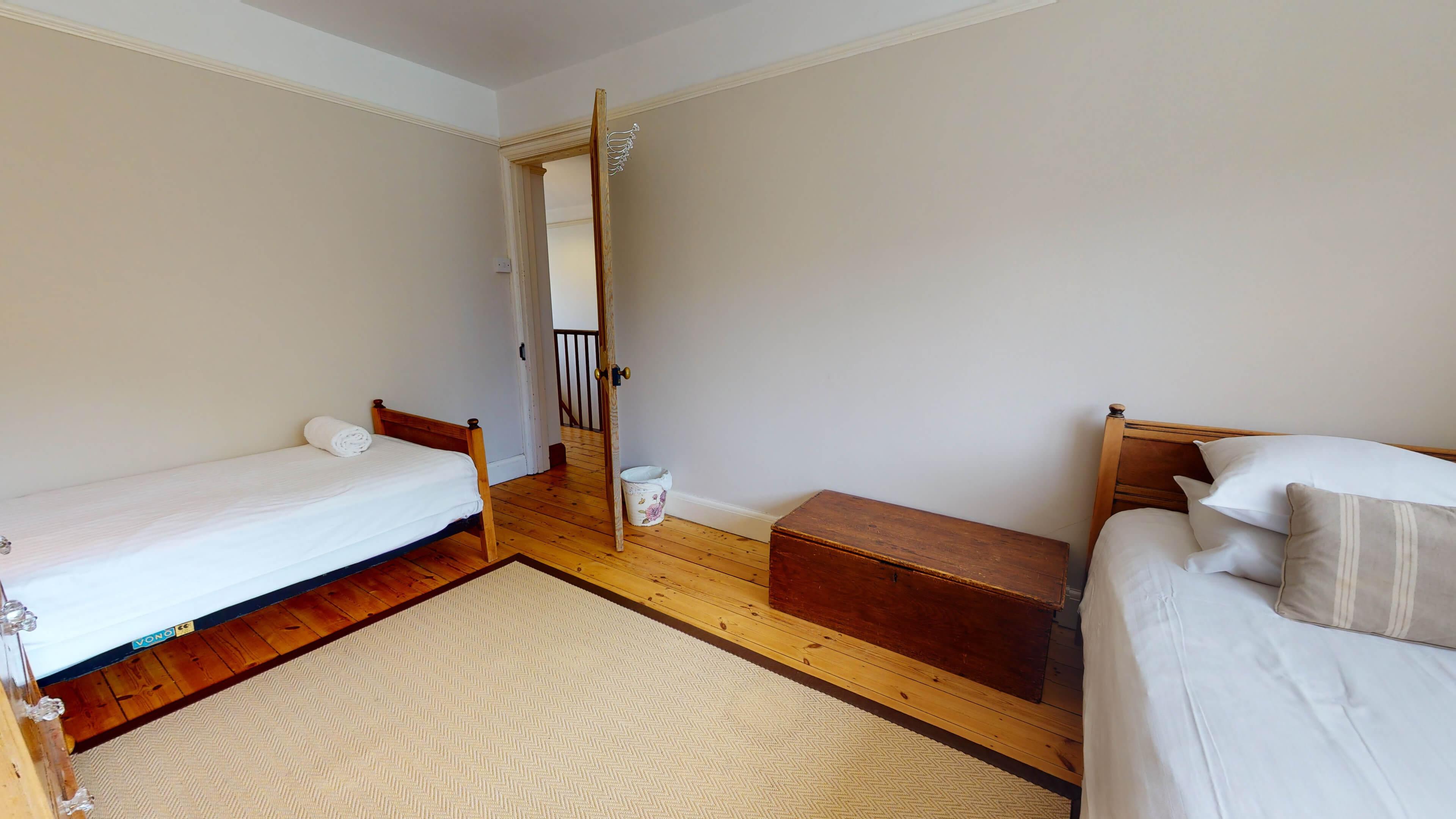 Hollycroft Hollycroft Twin Bedroom 2